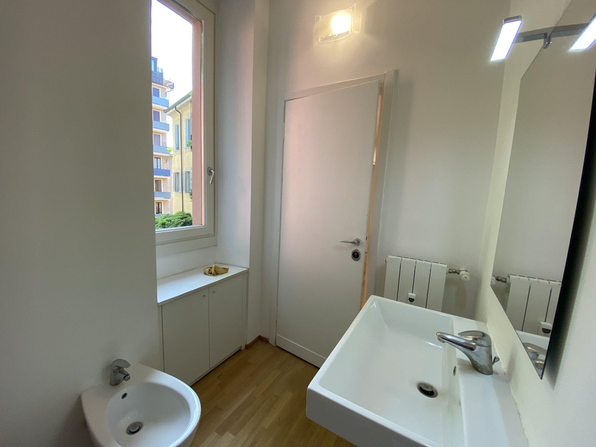 Affitto Appartamento - Milano Centro - Italia
