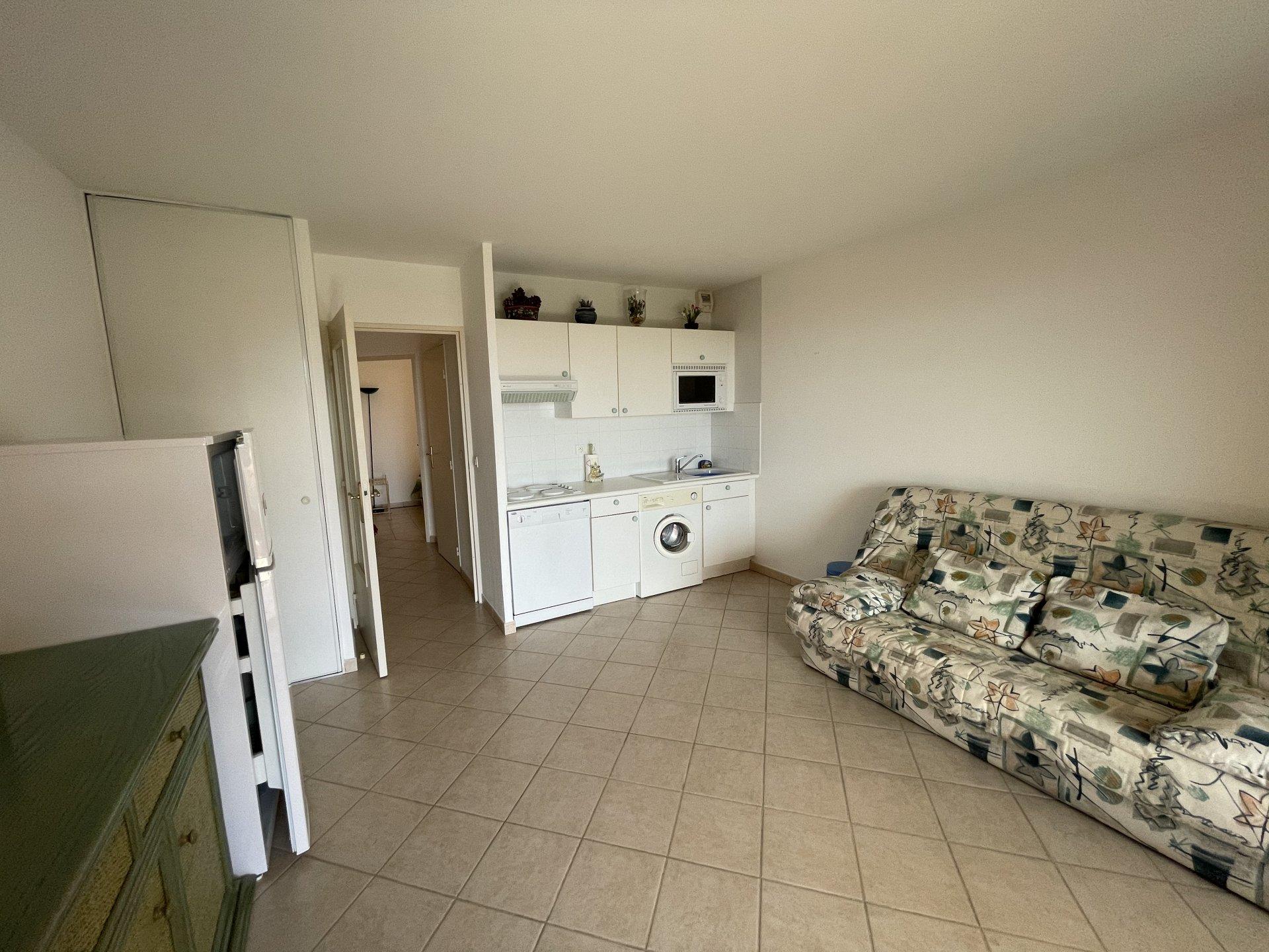 2 værelses lejlighed med havudsigt