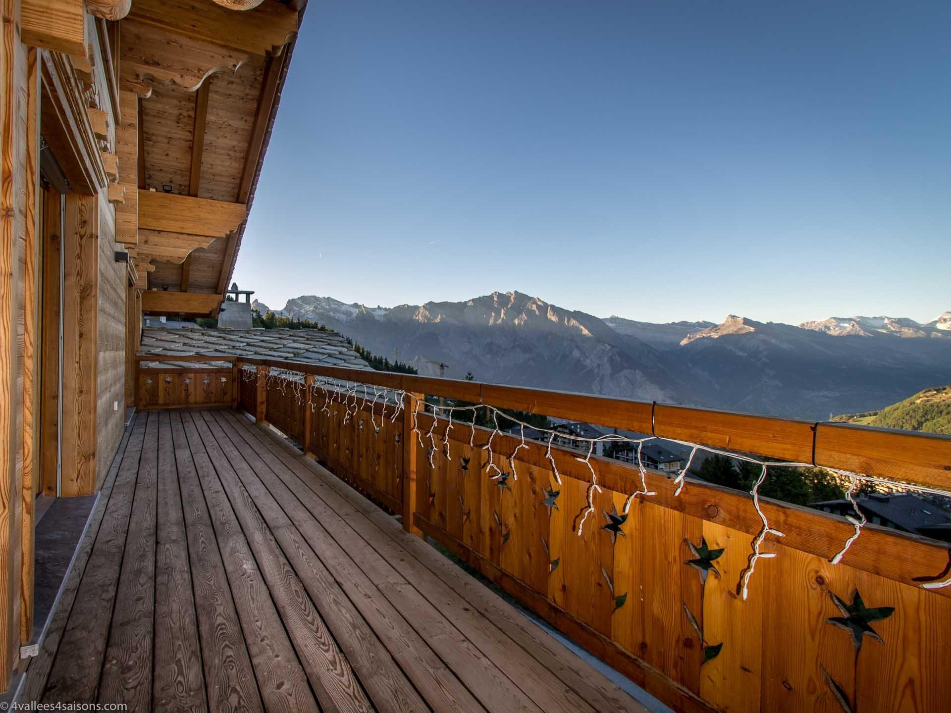 Luxury Penthouse Ski-in Ski-out Accommodation in Verbier St-Bernard
