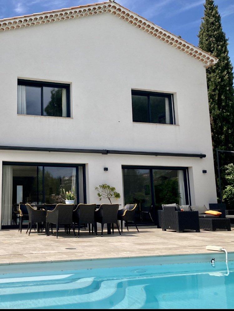 Beautiful contemporary house in Mandelieu La Napoule