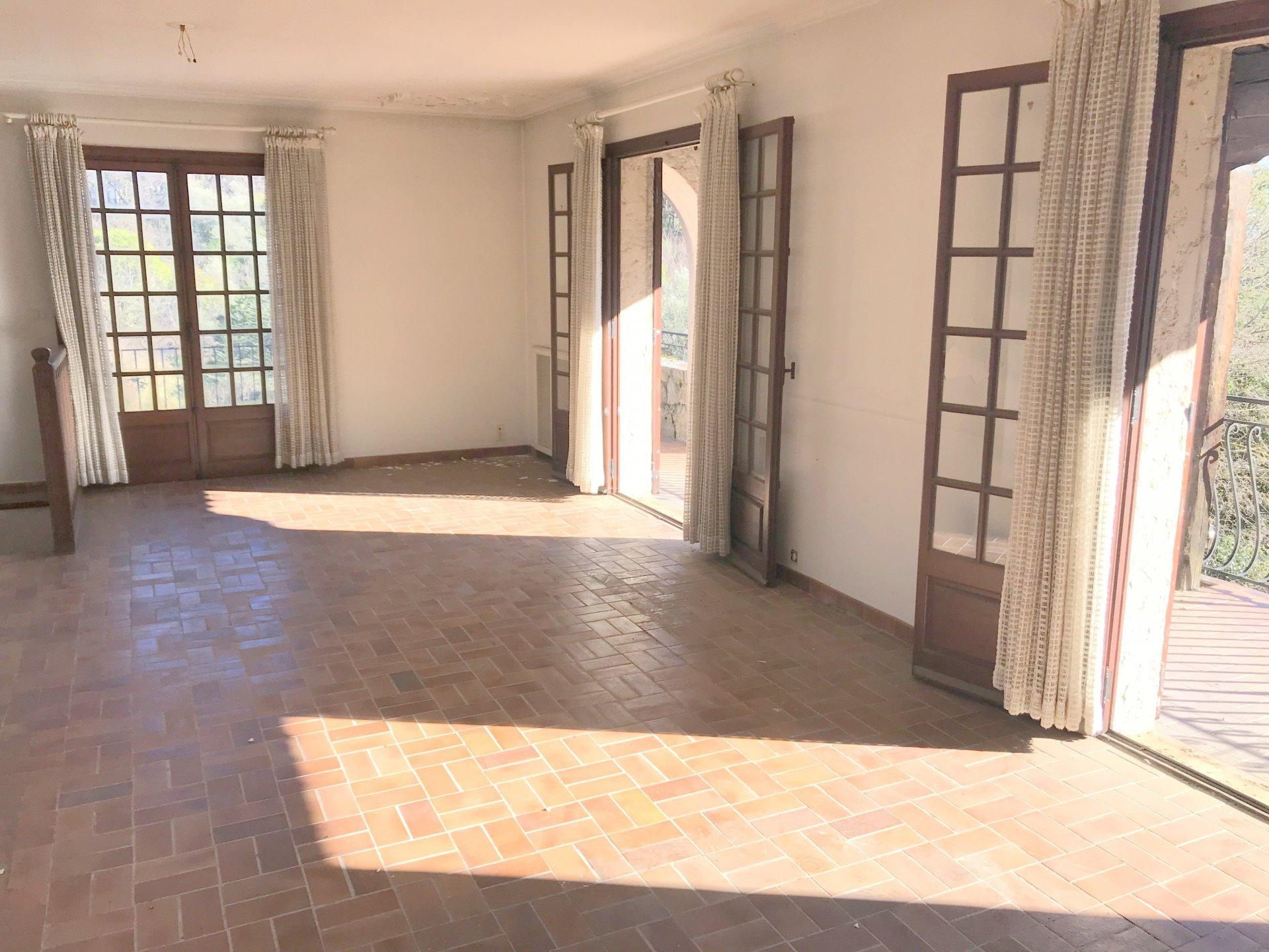 Appartement dans une maison