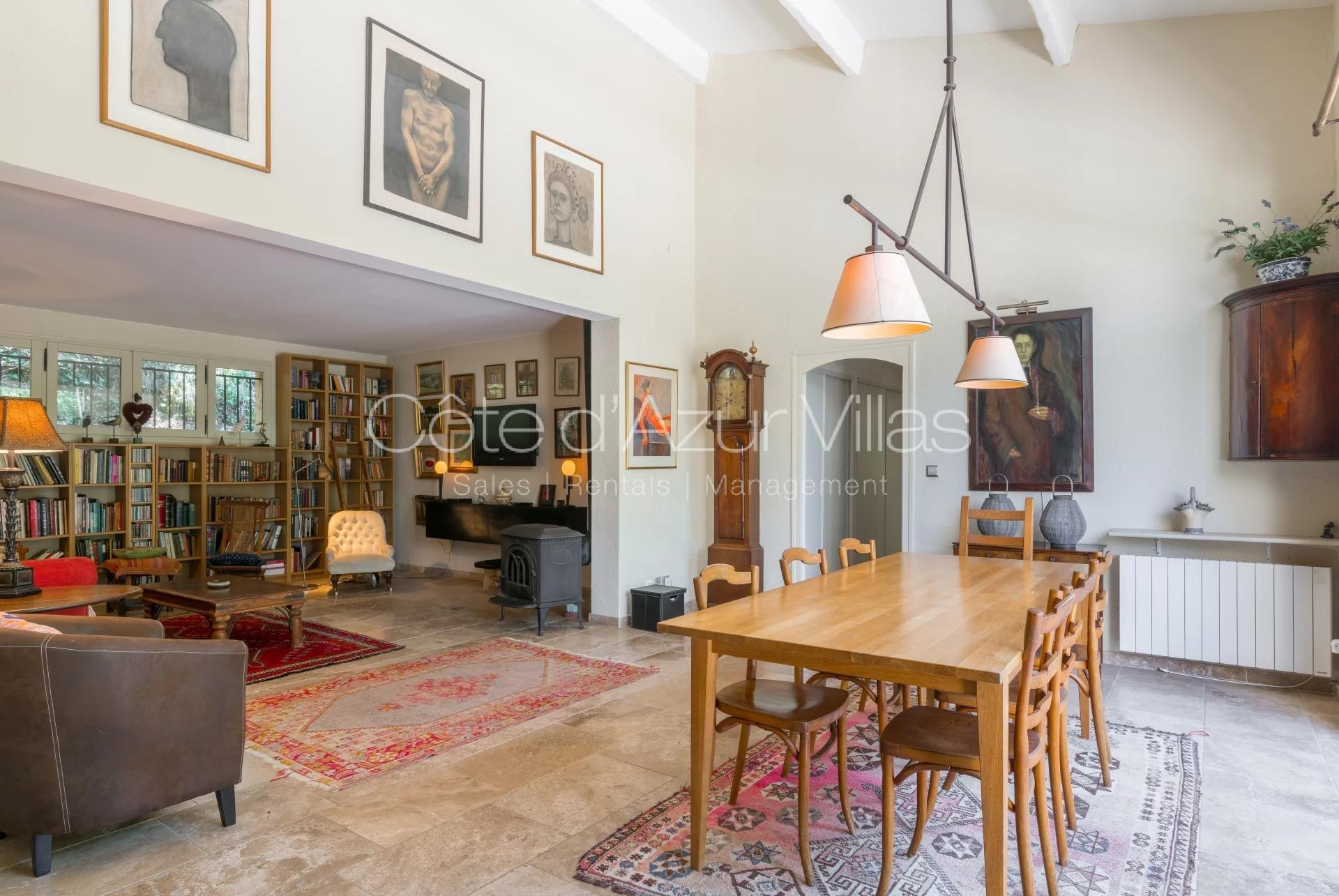 """""""Villa des Merles"""" 4 bedroom 190 m2 villa"""
