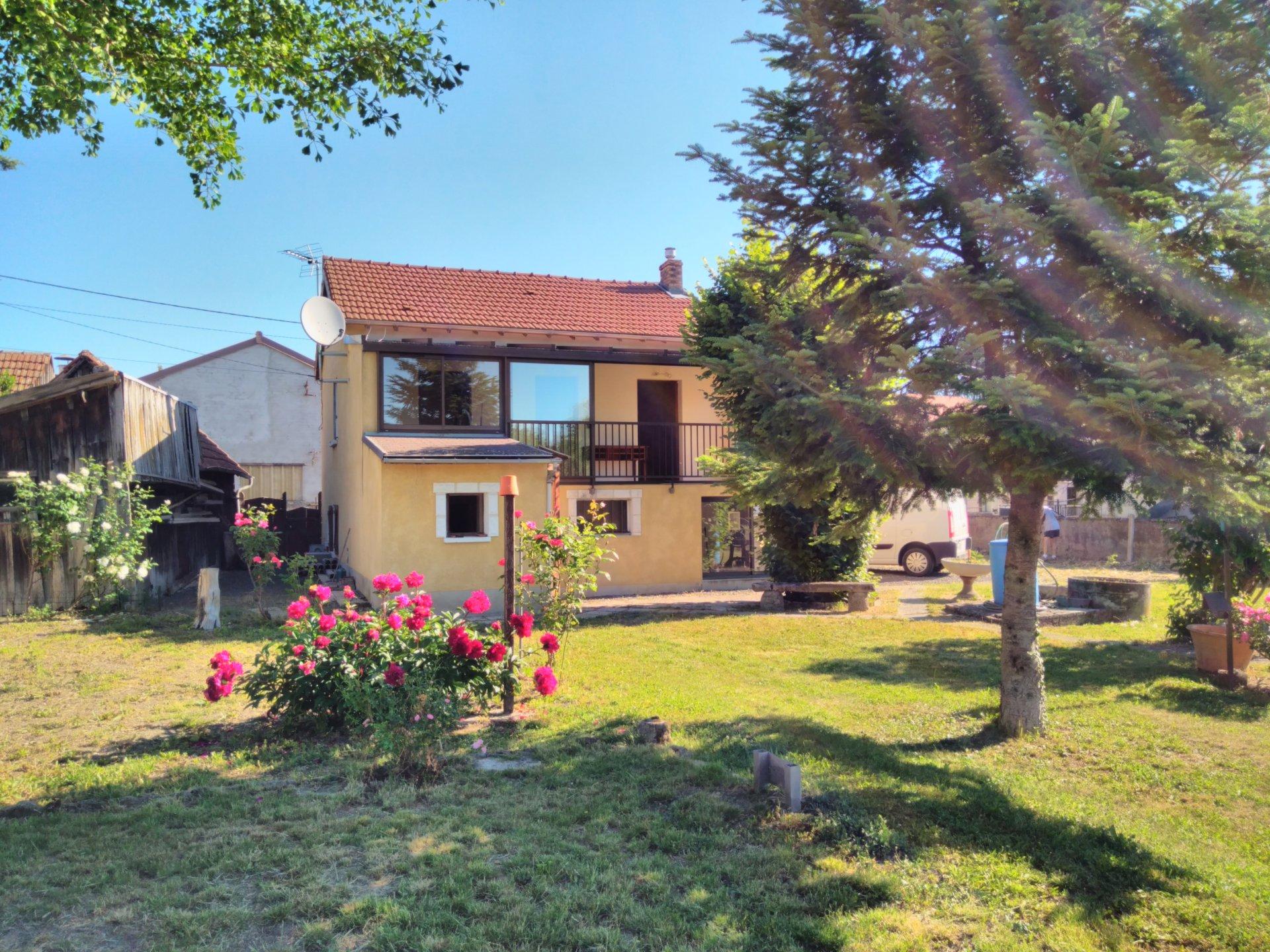 6167VBM - Maison av Jardin - Axe Vichy/Clmt-Fd