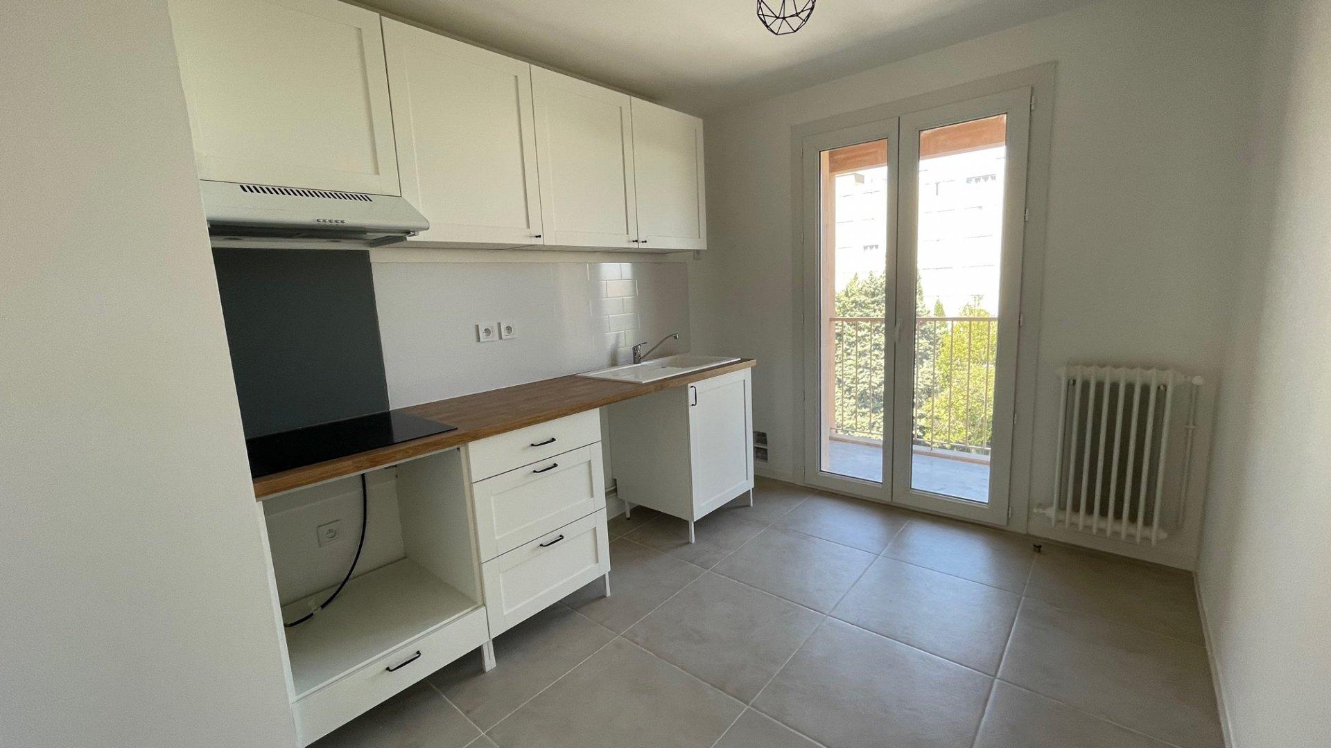 Appartement type 2, refait à neuf, 48m², chambre, terrasse