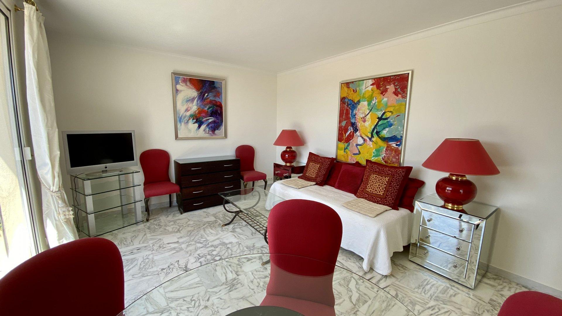 3 Pièces Grand Hôtel