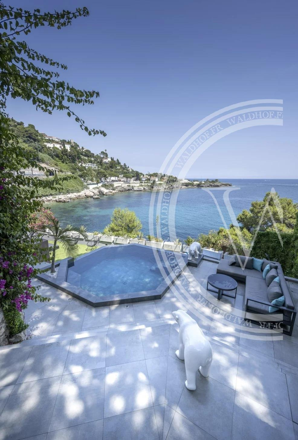 Appartement neuf à Cap d'Ail - 20 mètres de la mer