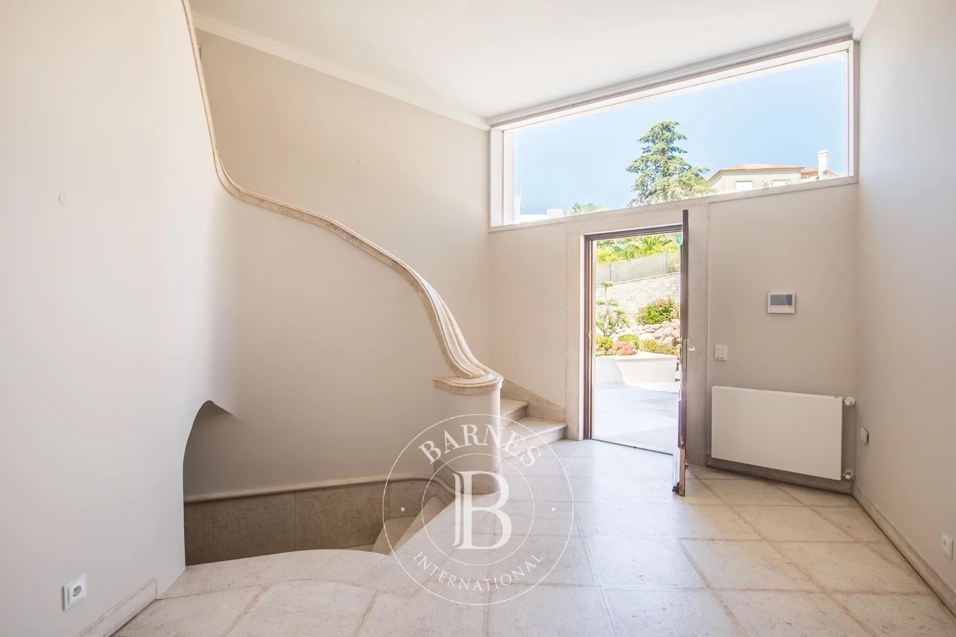 Splendid villa with 5 bedrooms