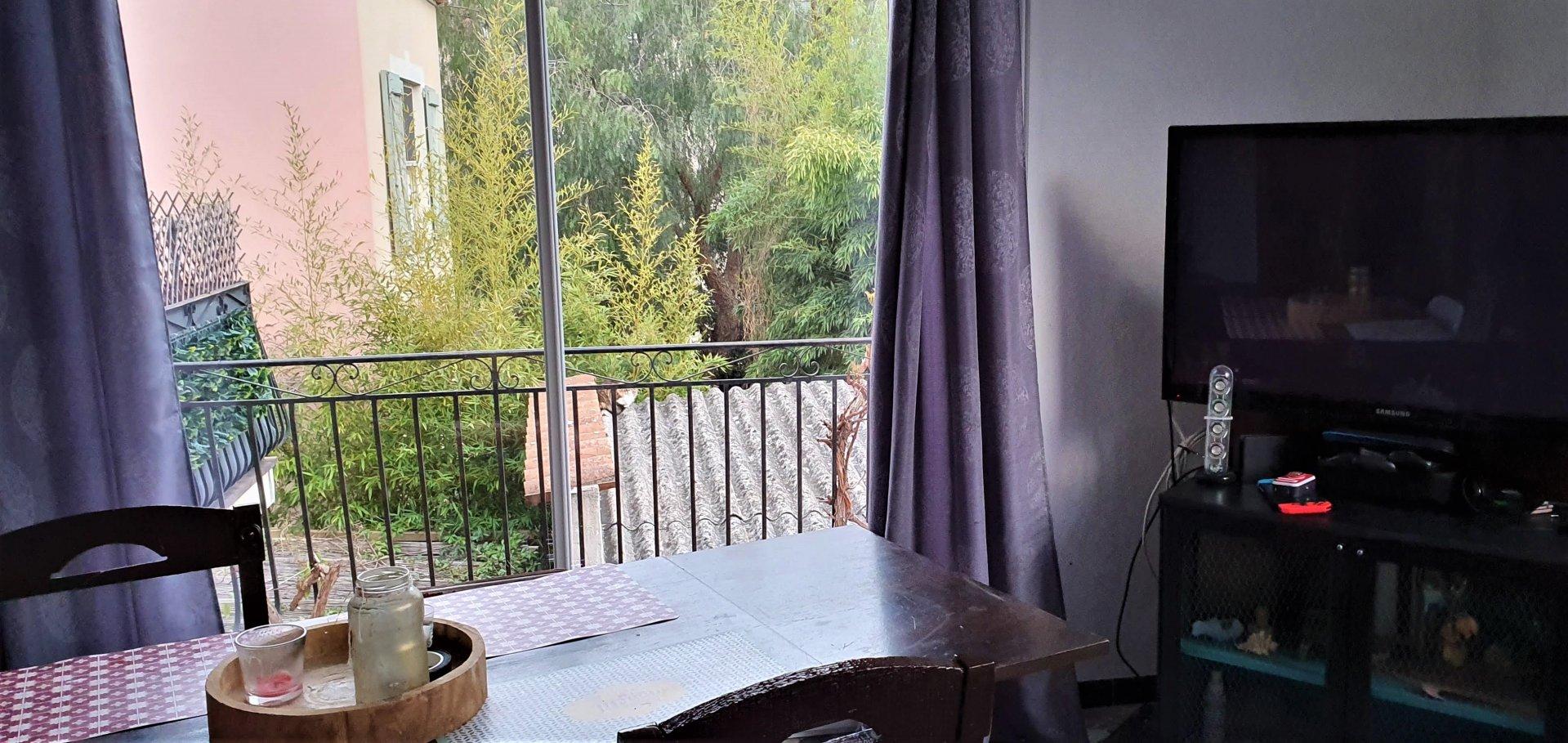Vallauris secteur agréable appartement F4 avec  balcon