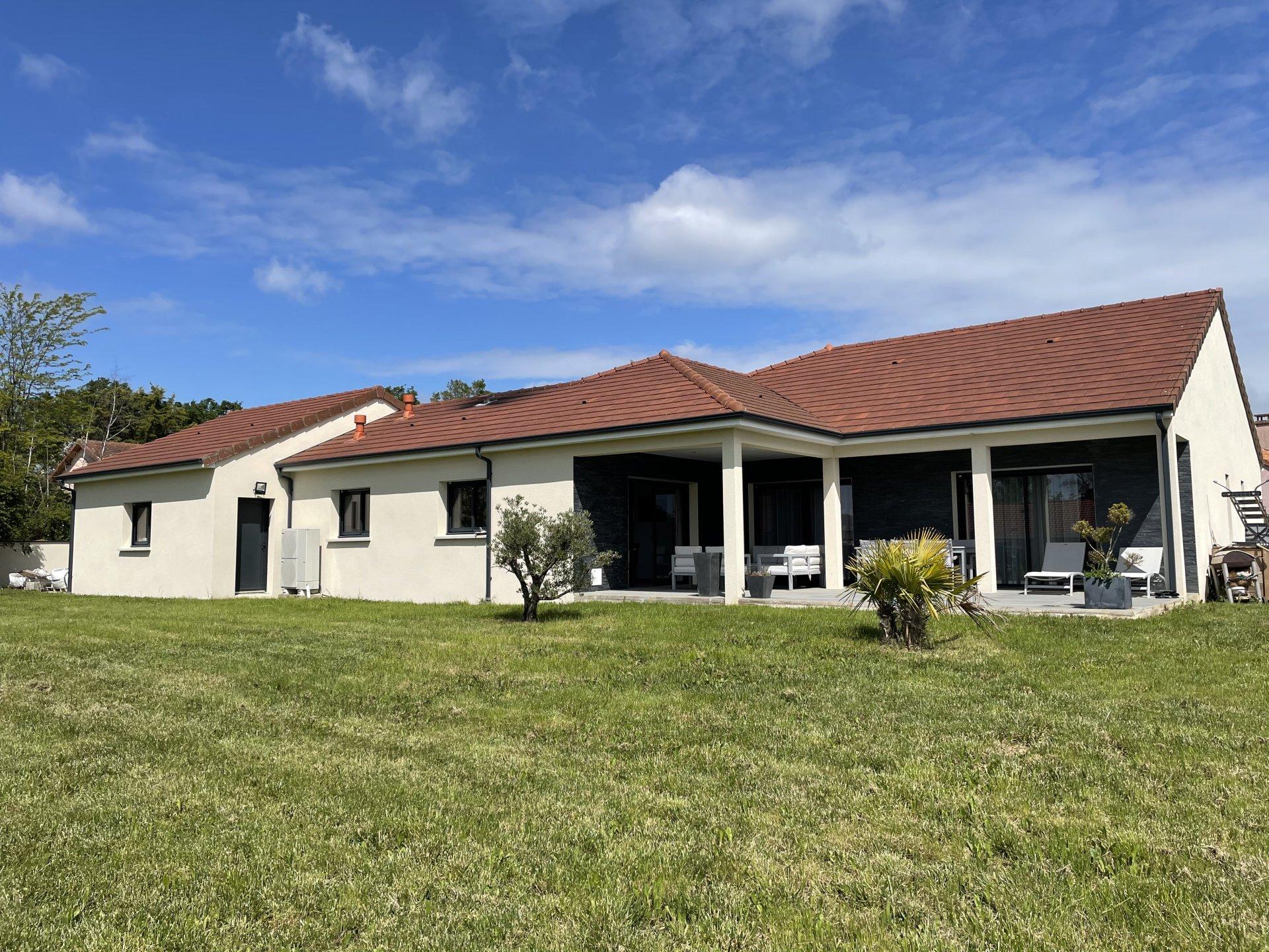 6168JMM - Maison Architecte, Sortie Agglo VICHY
