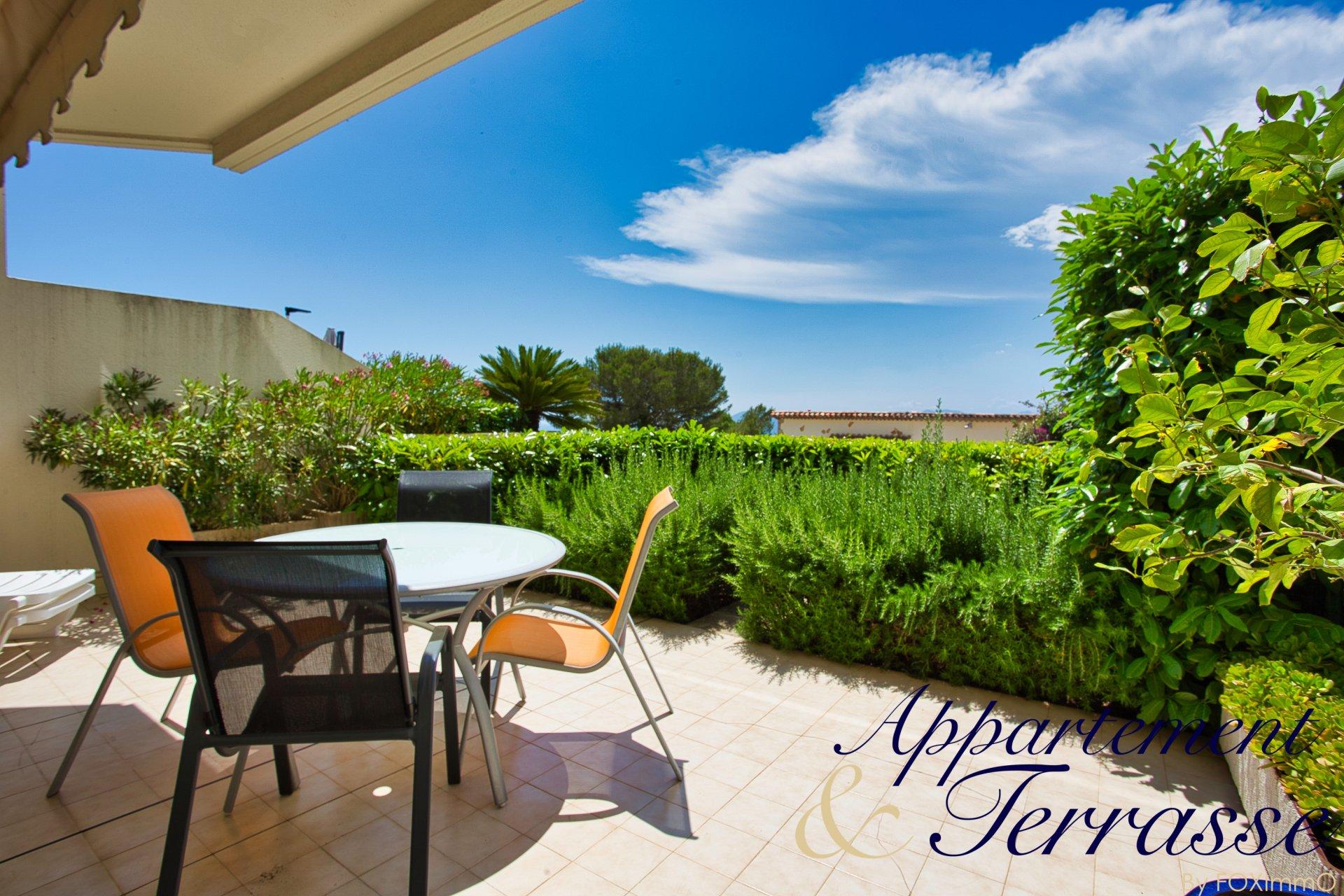 MOUGINS residenza di lusso F1 con bella terrazza e piscina