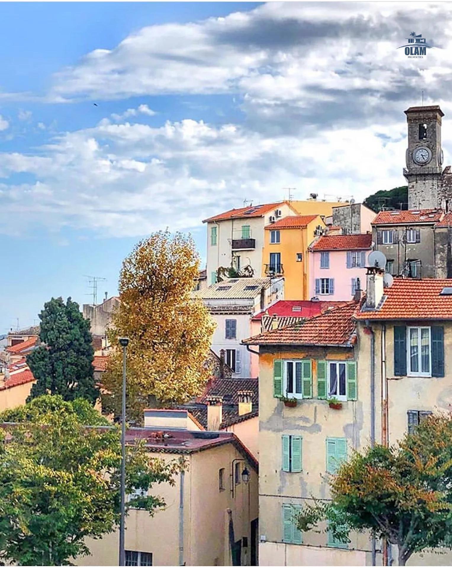 Flat Cannes Centre Banane - 2 rooms - 2 steps from the beaches and Rue d'Antibe