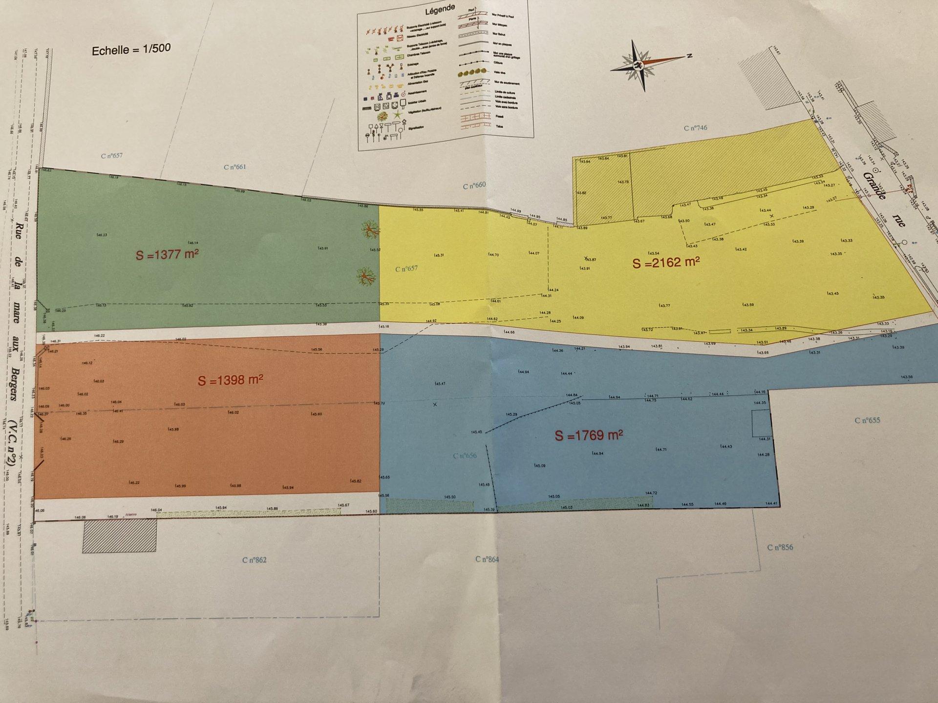 terrain constructible 1377 m²