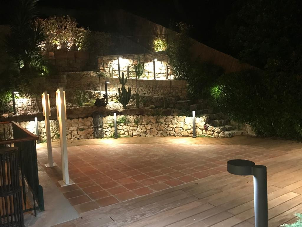 Villefranche-Sur-Mer /  Magnifique 3 Pièces Vue Mer, Jardin privatif