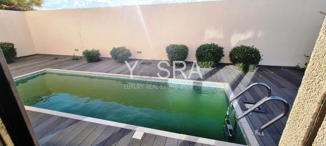 Villa s plus 3 avec piscine à Gammarth