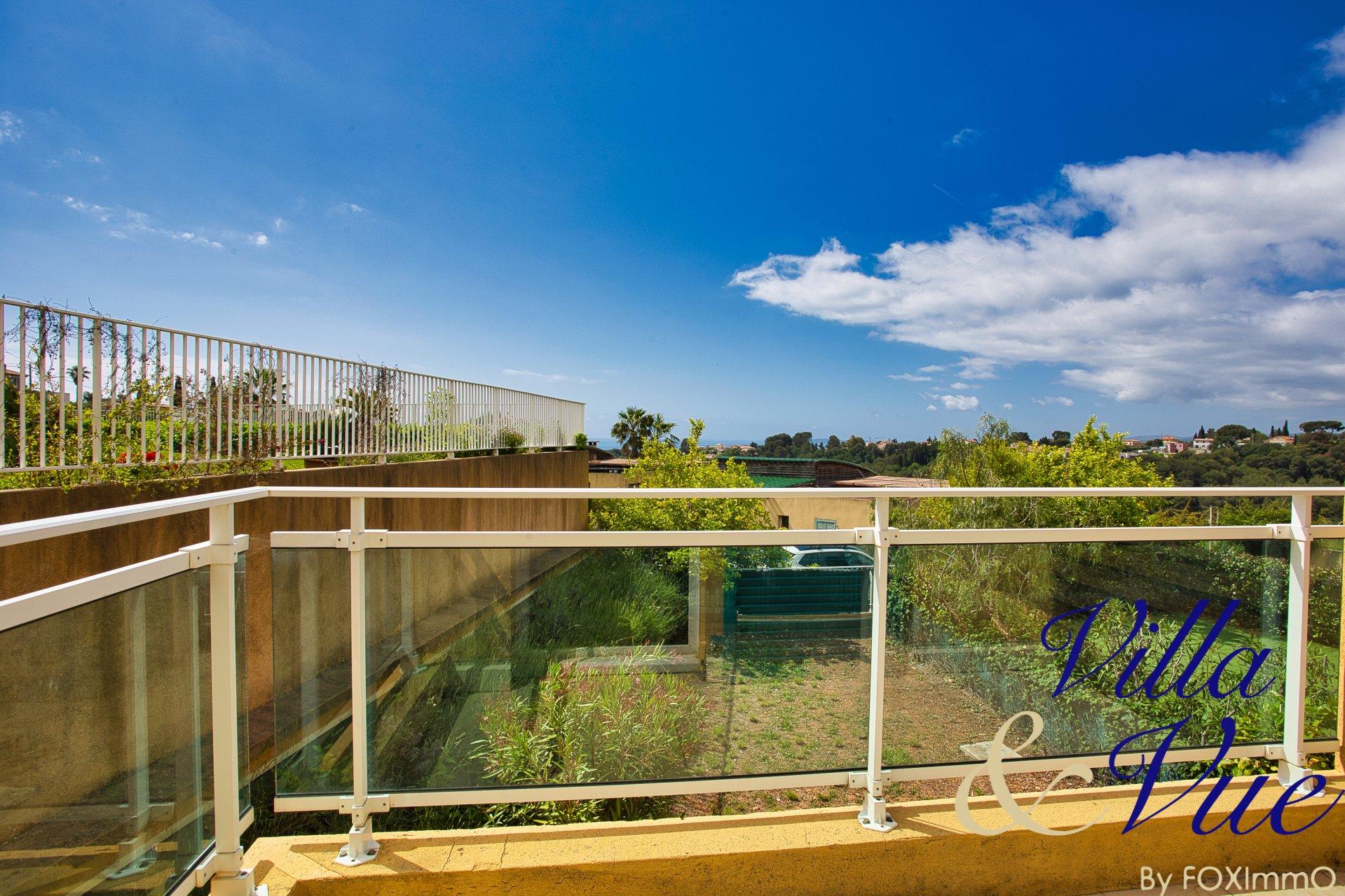 Villa con vista mare, piscina, garage doppio FULL SOUTH