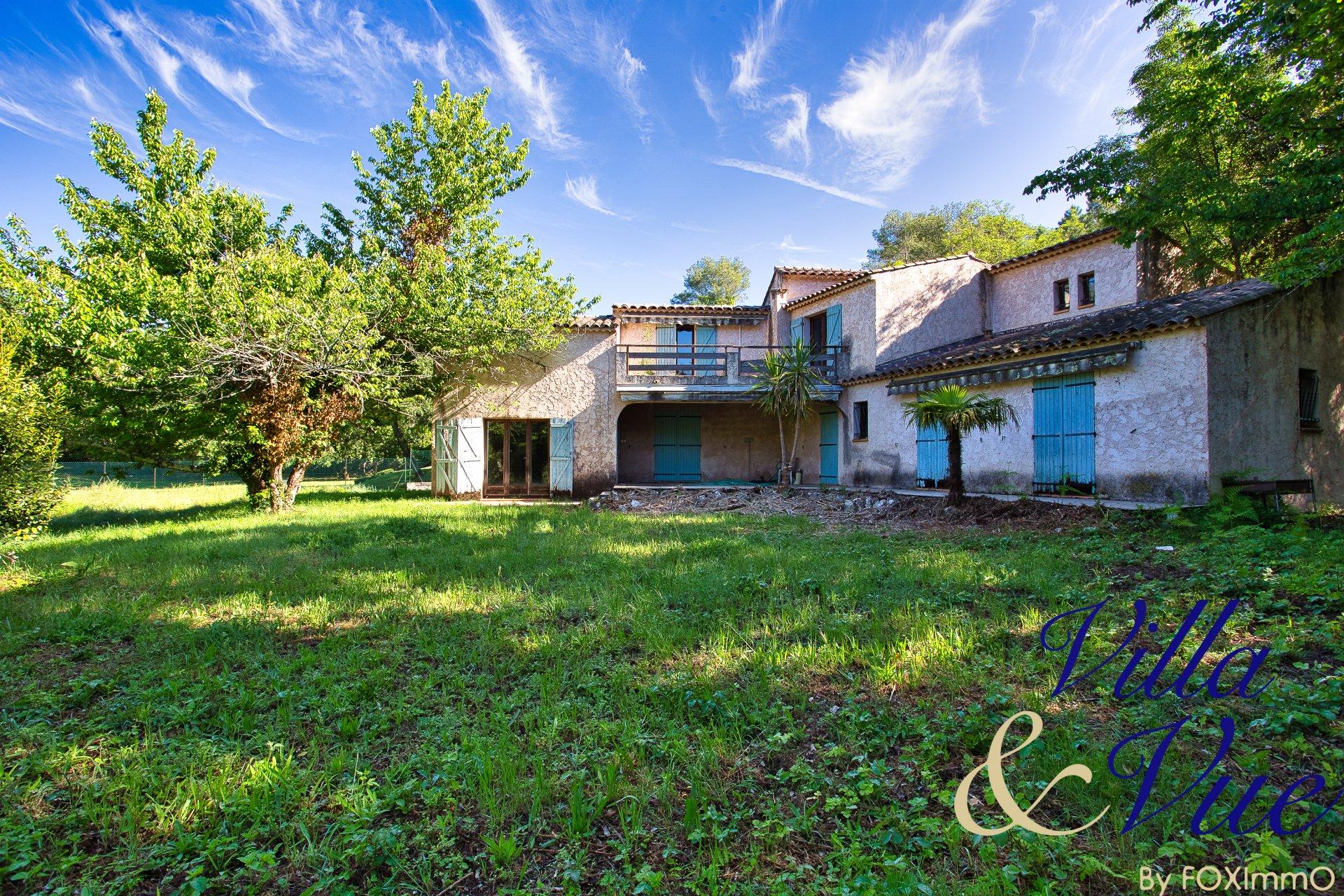 Provencal House Roquefort Les Pins