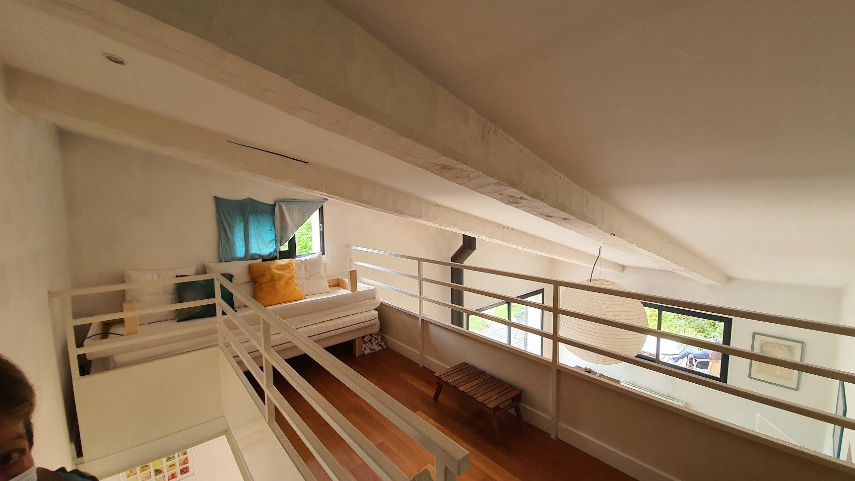 Villa 123 m²  sur terrain de  3758 m2