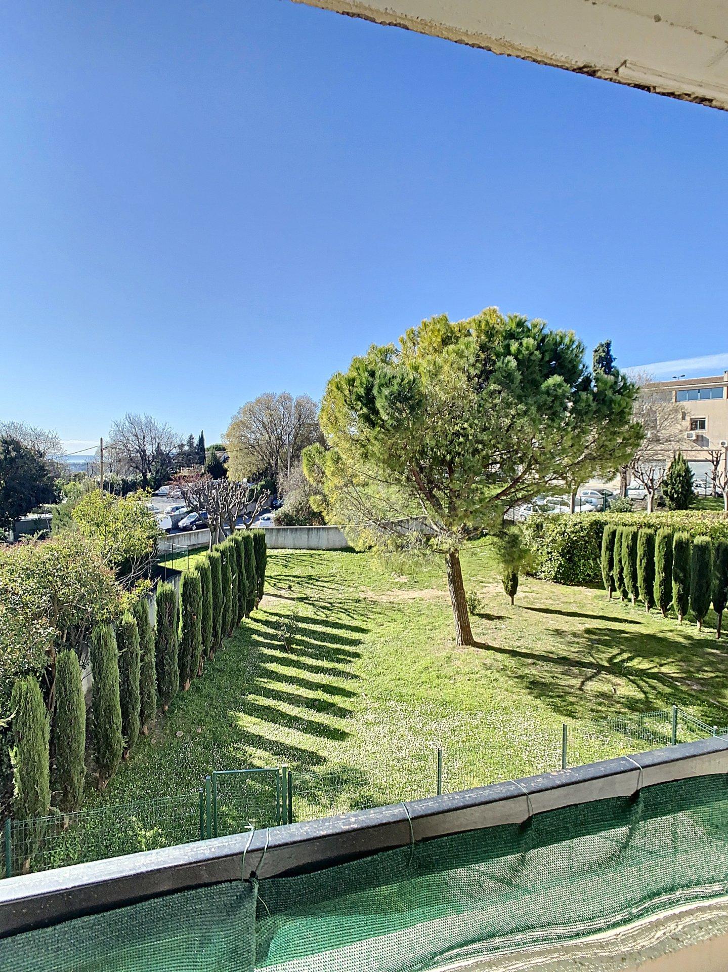 4 Pièces terrasse parking Grasse St Jacques