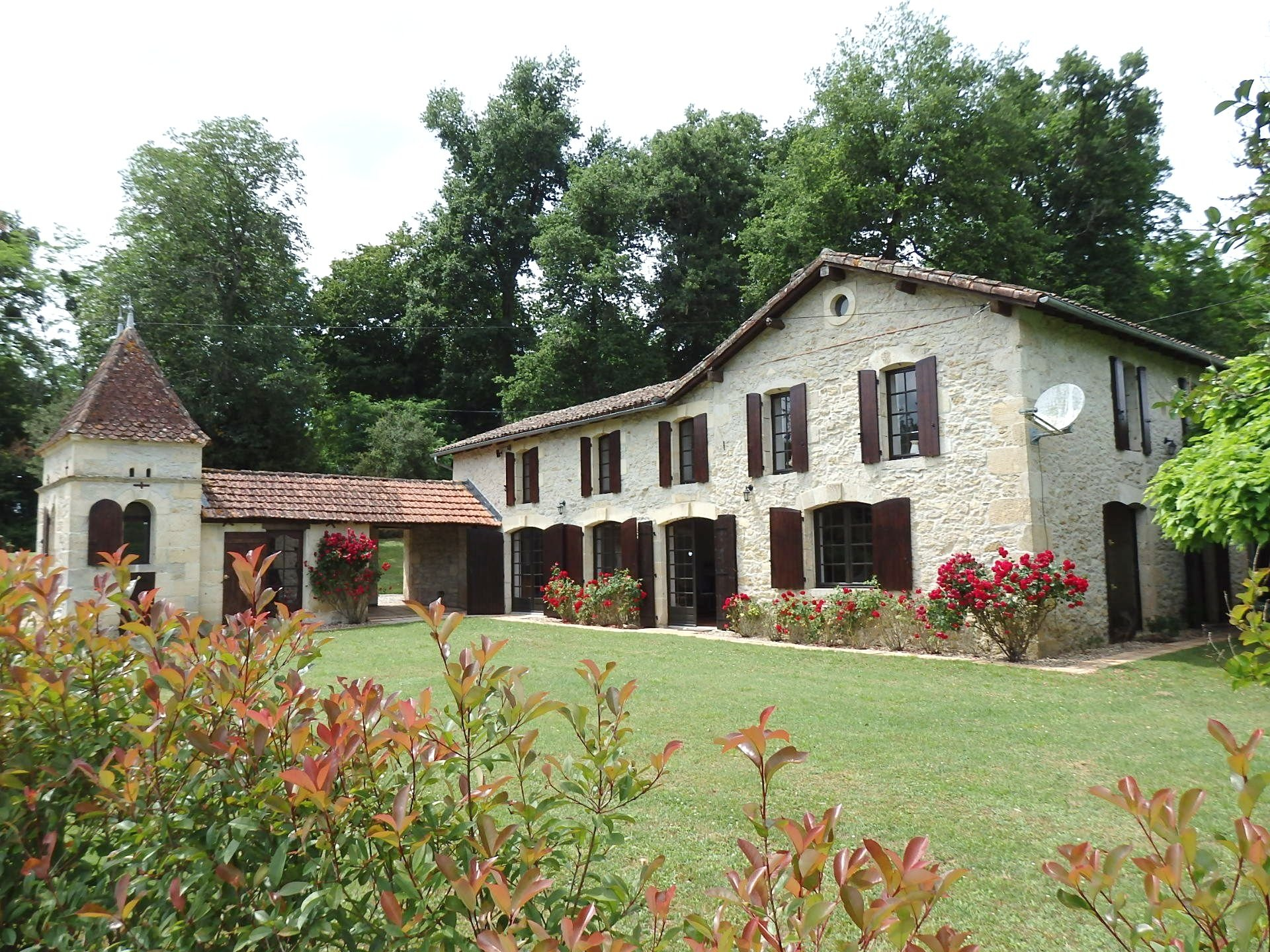A beautiful stone house in turn key condition