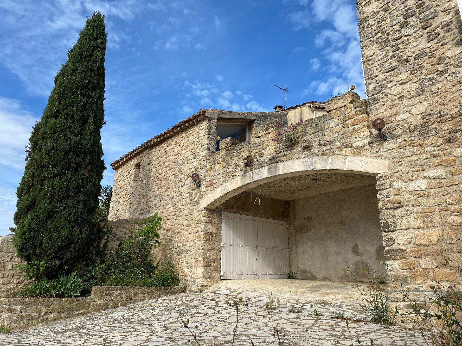 Maison du XVIème avec possibilité 2 habitations à 20mn de Lambesc