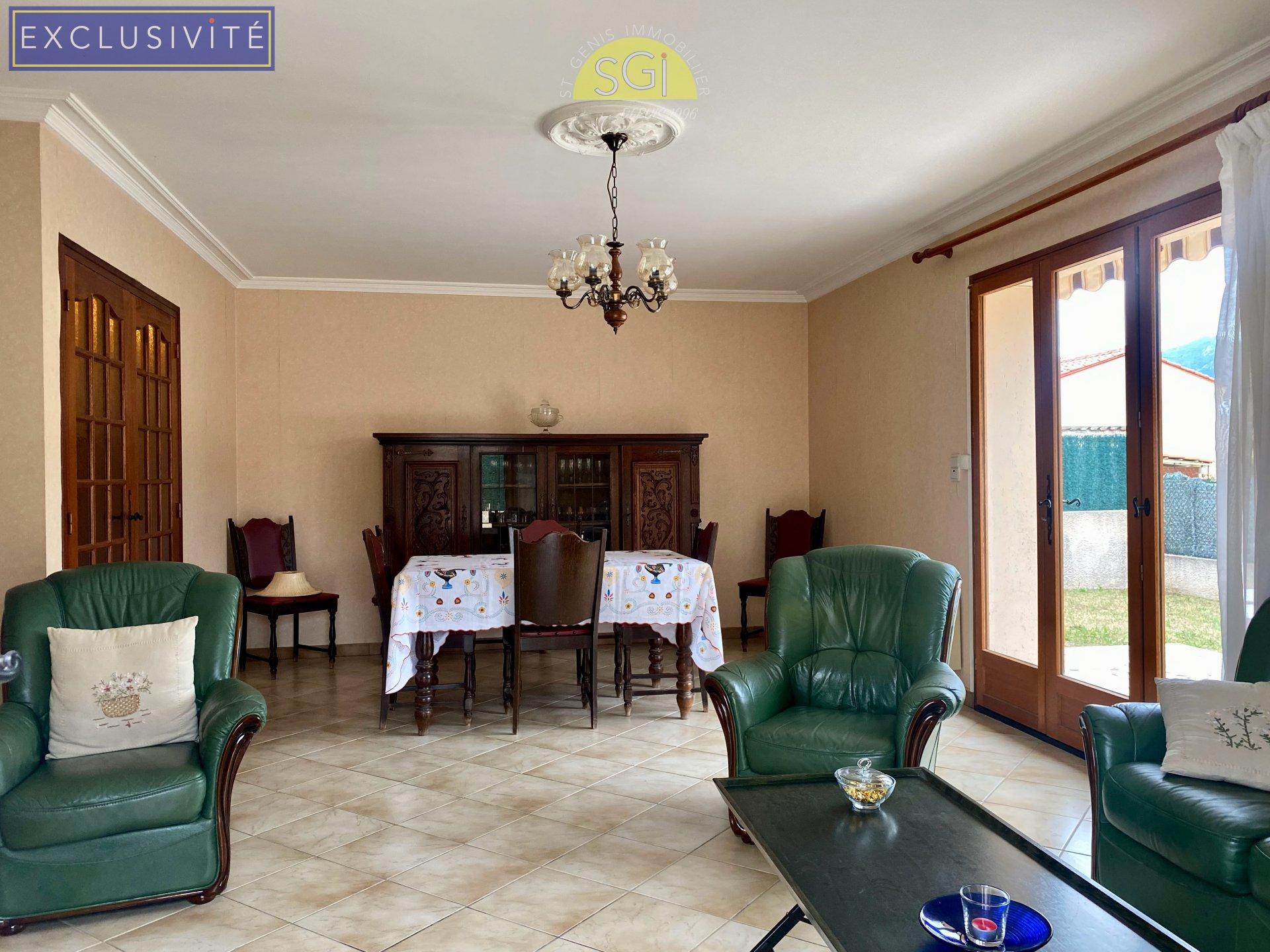 Villa 3 faces de plain pied à Saint-Génis-des-Fontaines