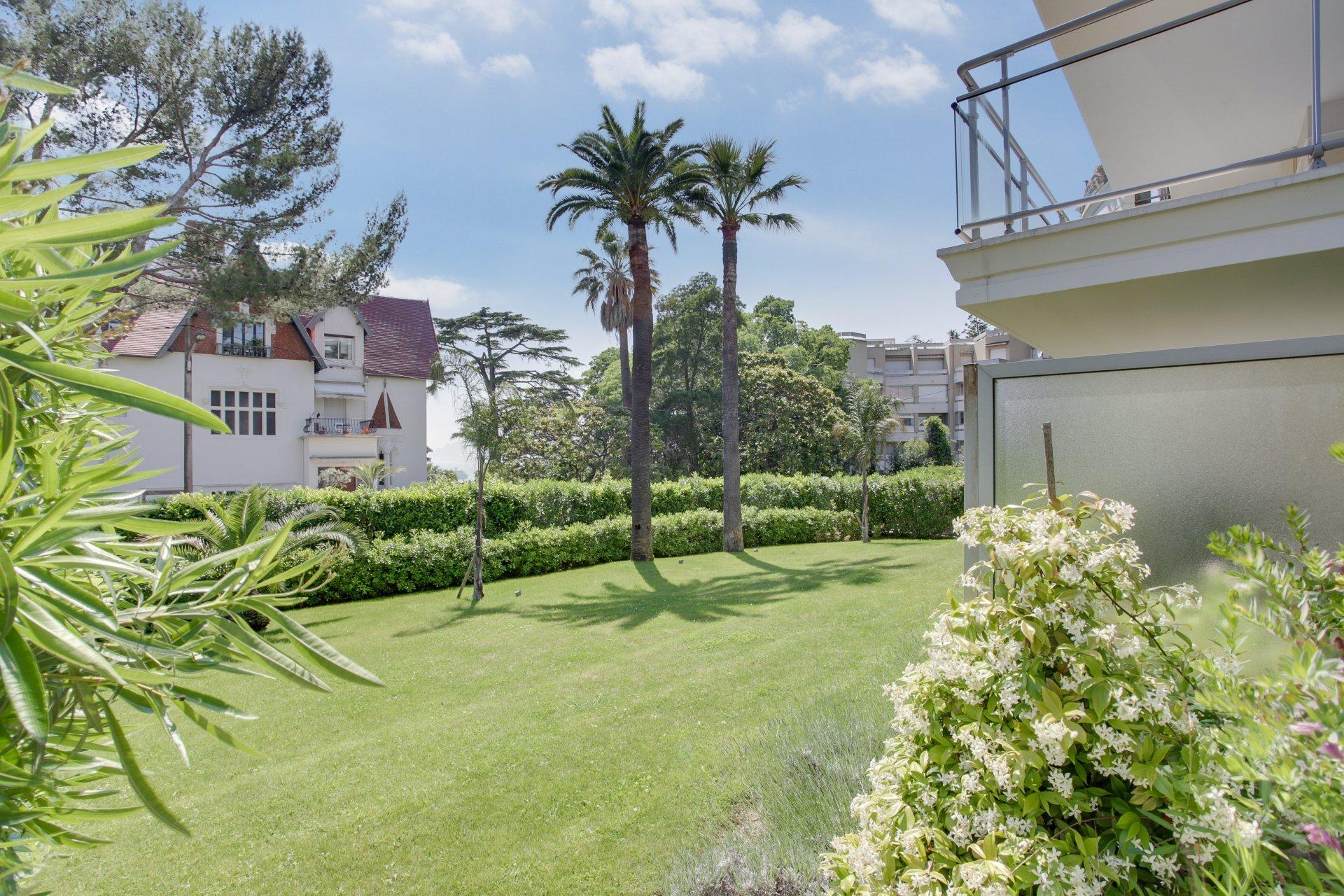Modern 1 bedroom apartment in wonderful Cannes Californie