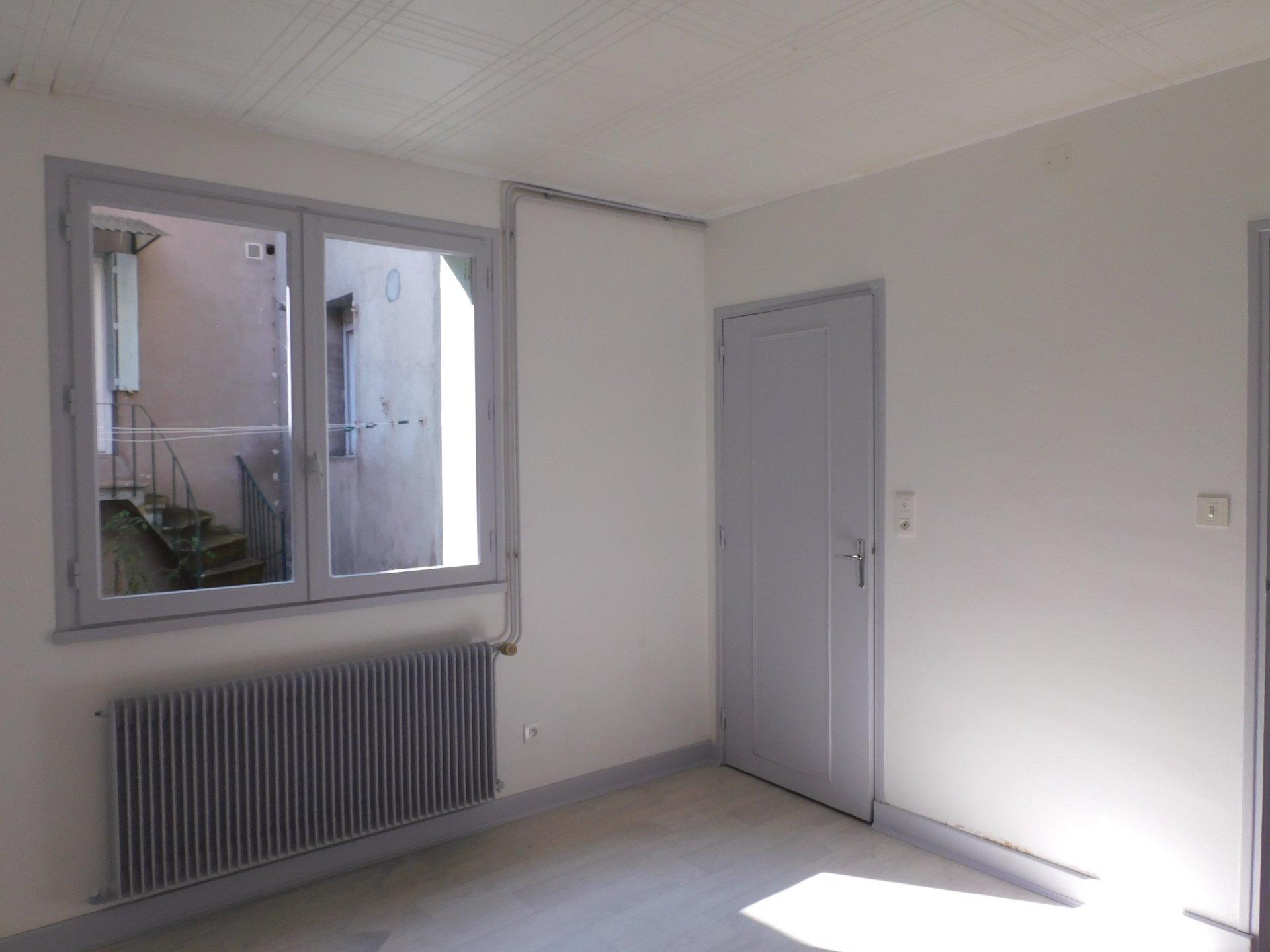 Location Appartement - Bourbon-Lancy