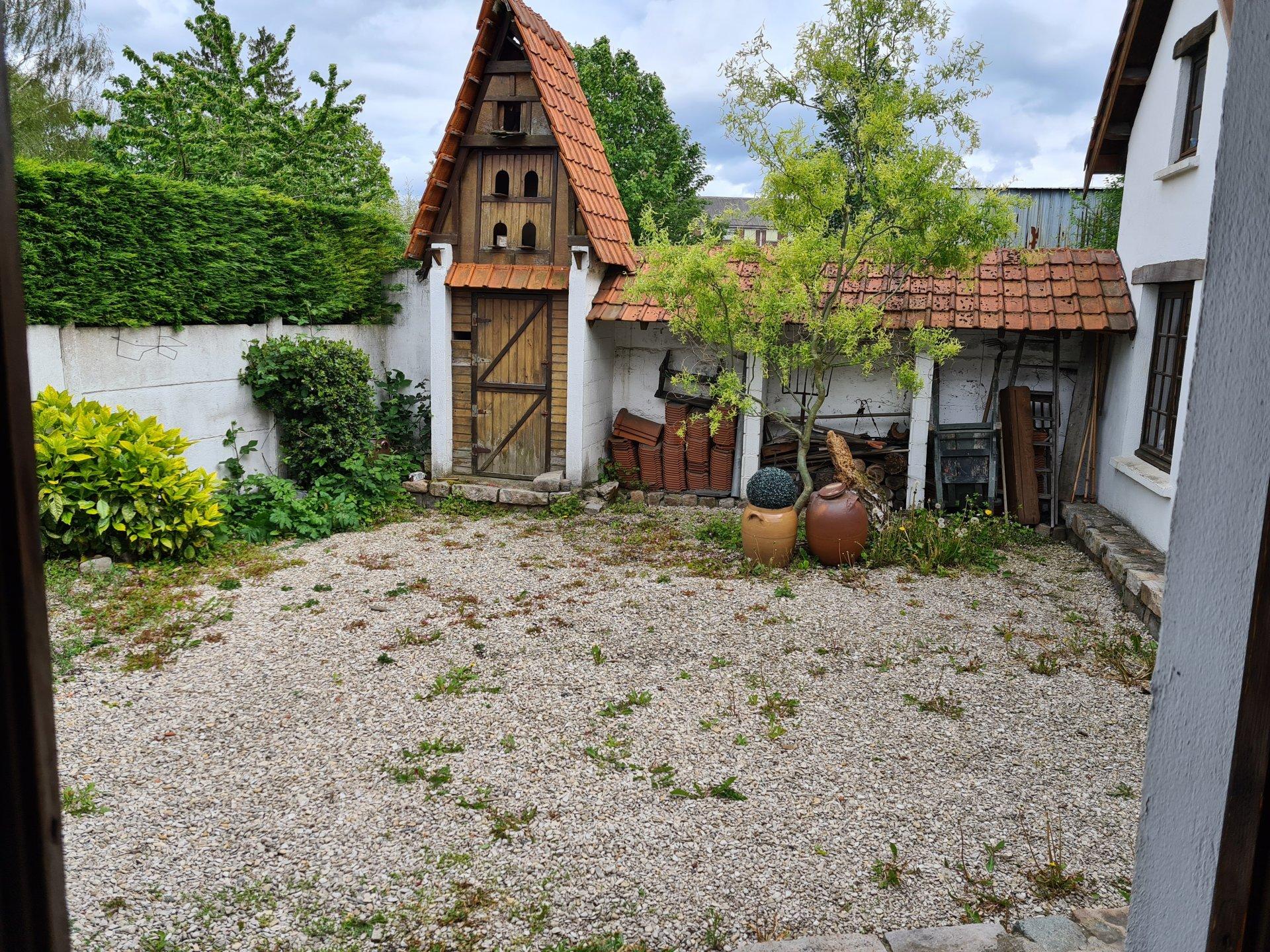 Sale House - Wingles
