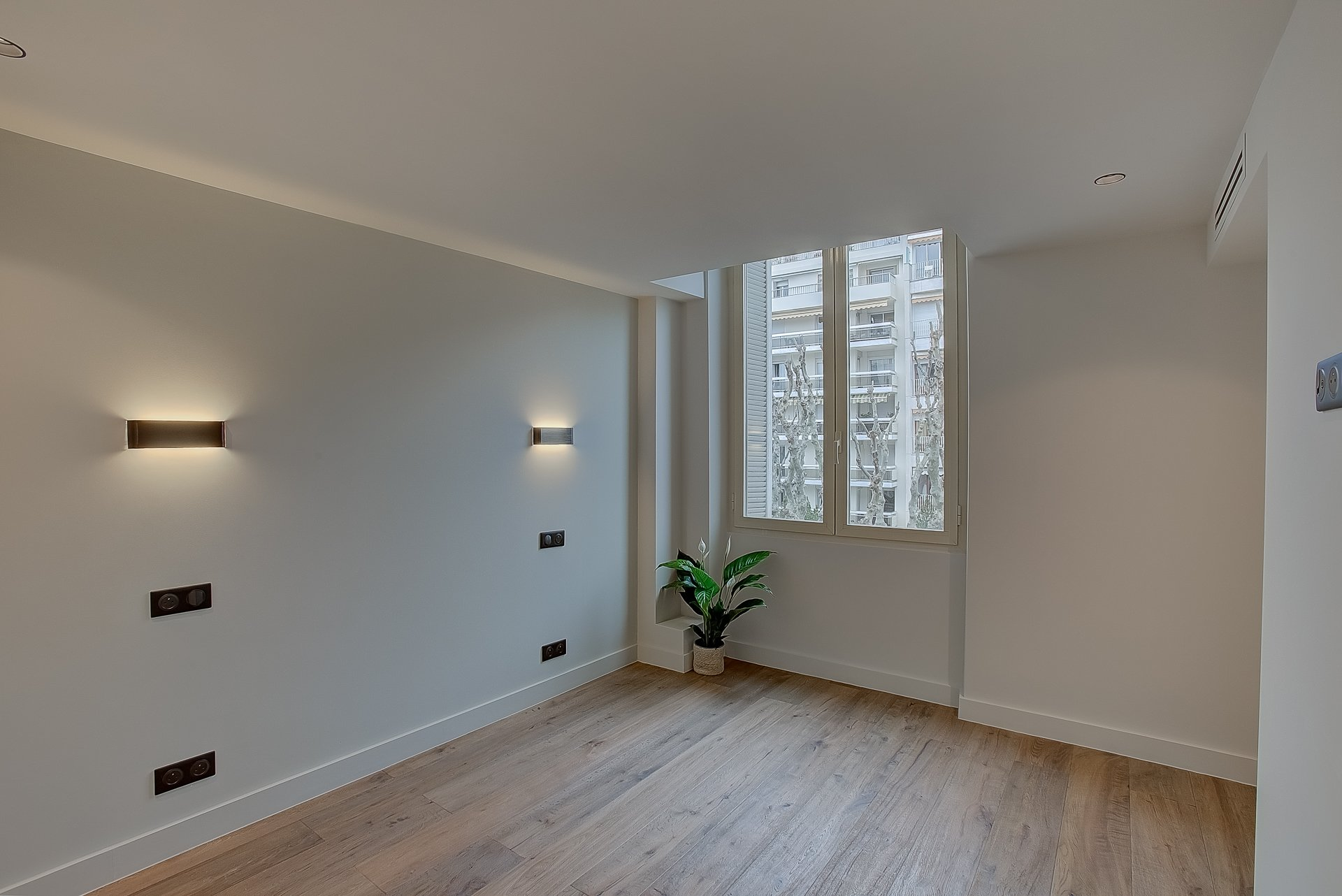 Nice V.Hugo 2/3p neuf chambre