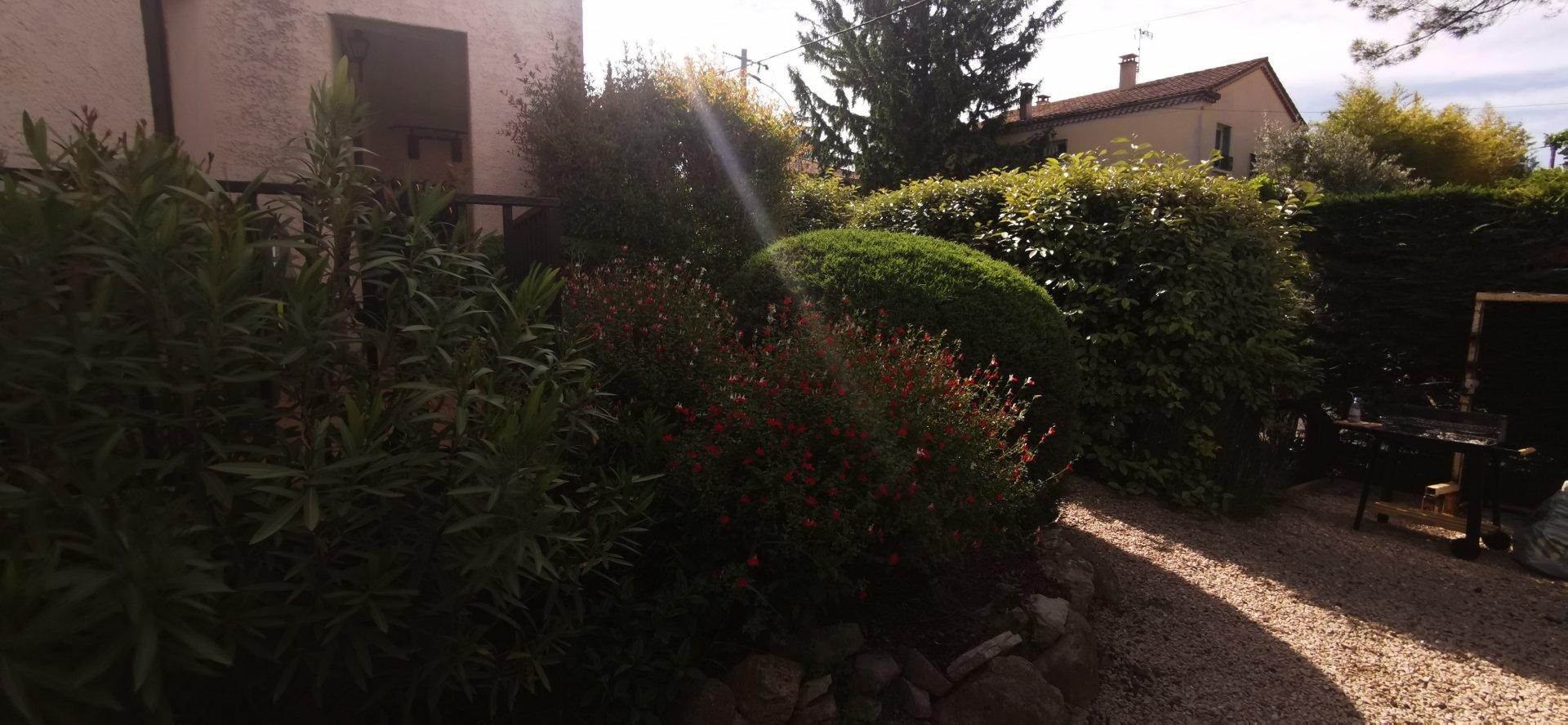 proche CV, 2 chambres, jardin, parking