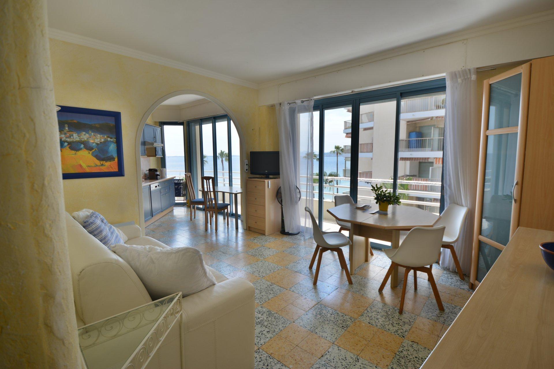 Apartment by the sea - Juan-les-Pins center