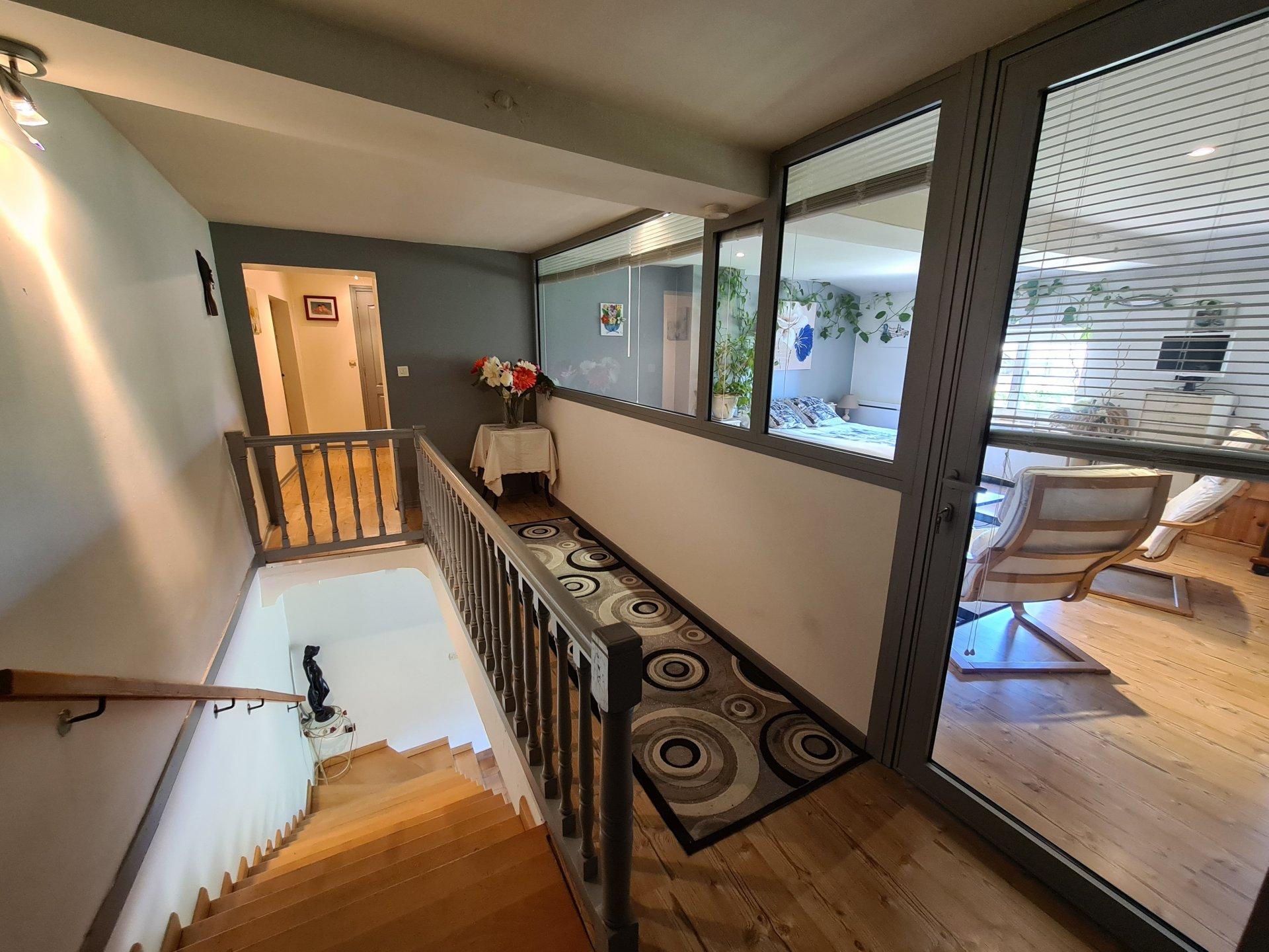 SAINT JUST CHALEYSSIN, Maison de village T5 de 188 m² avec jardin