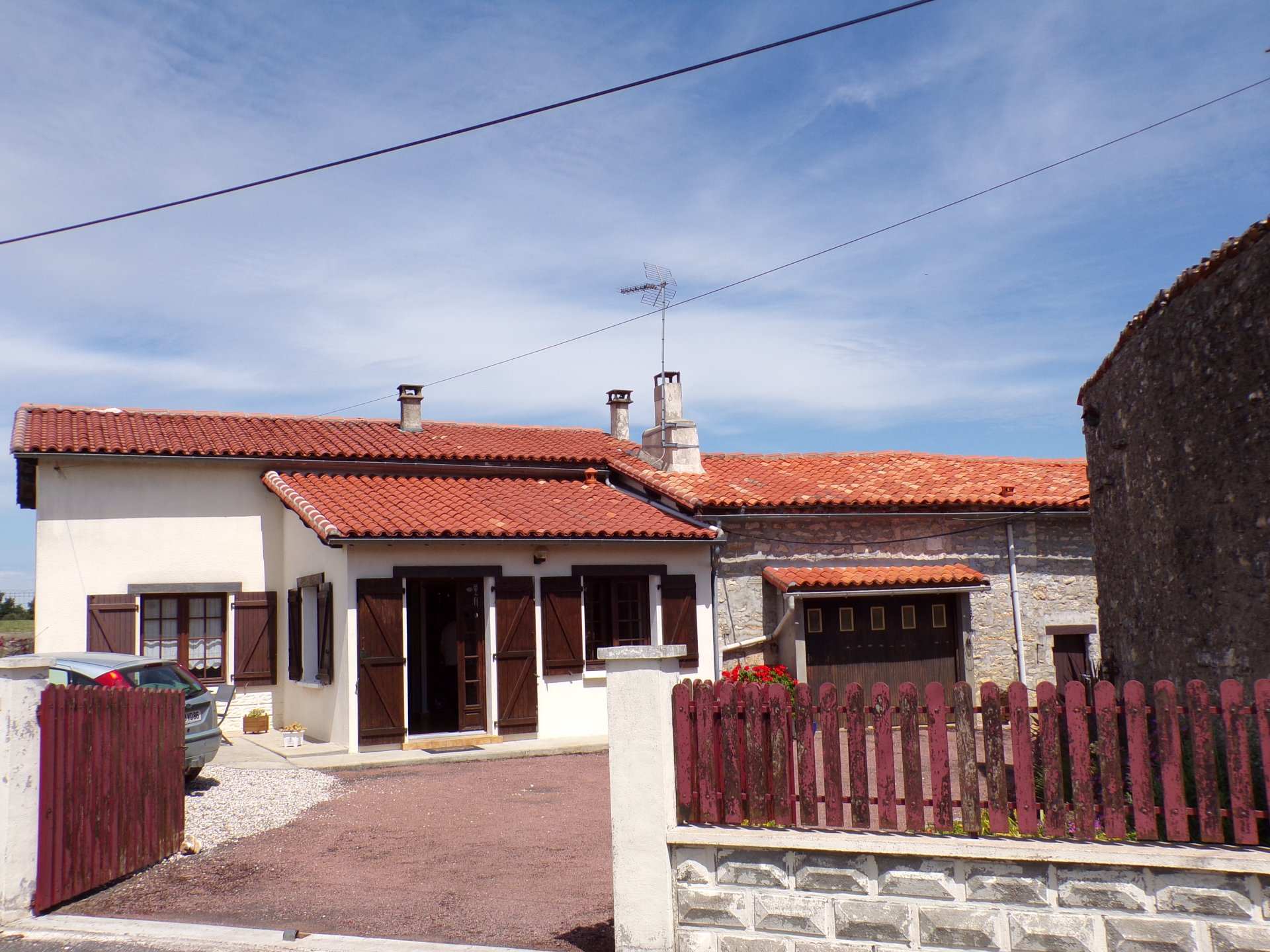 Village house 5 minutes from Ruffec