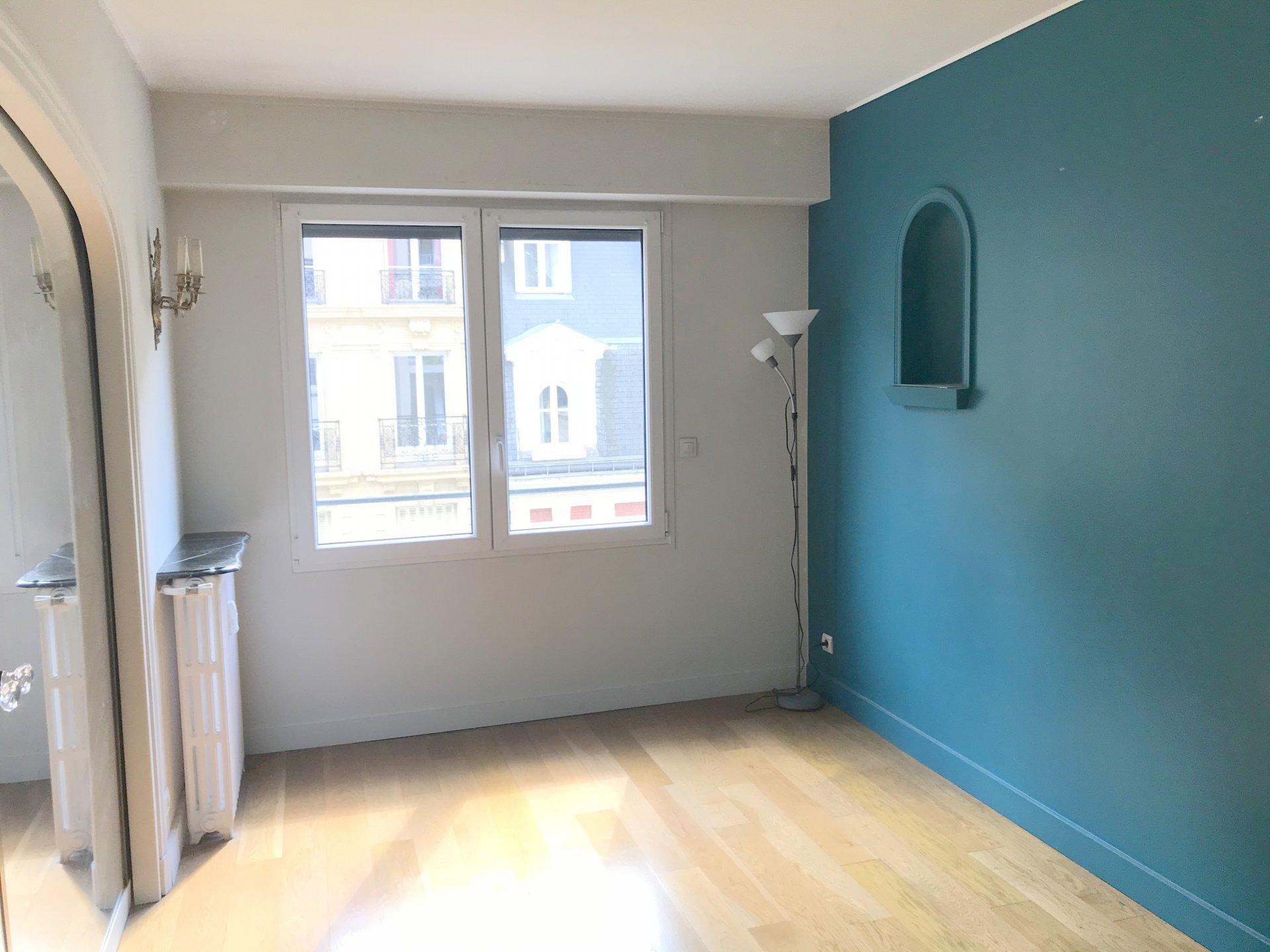 Luxury apartment PARIS 16th NORD