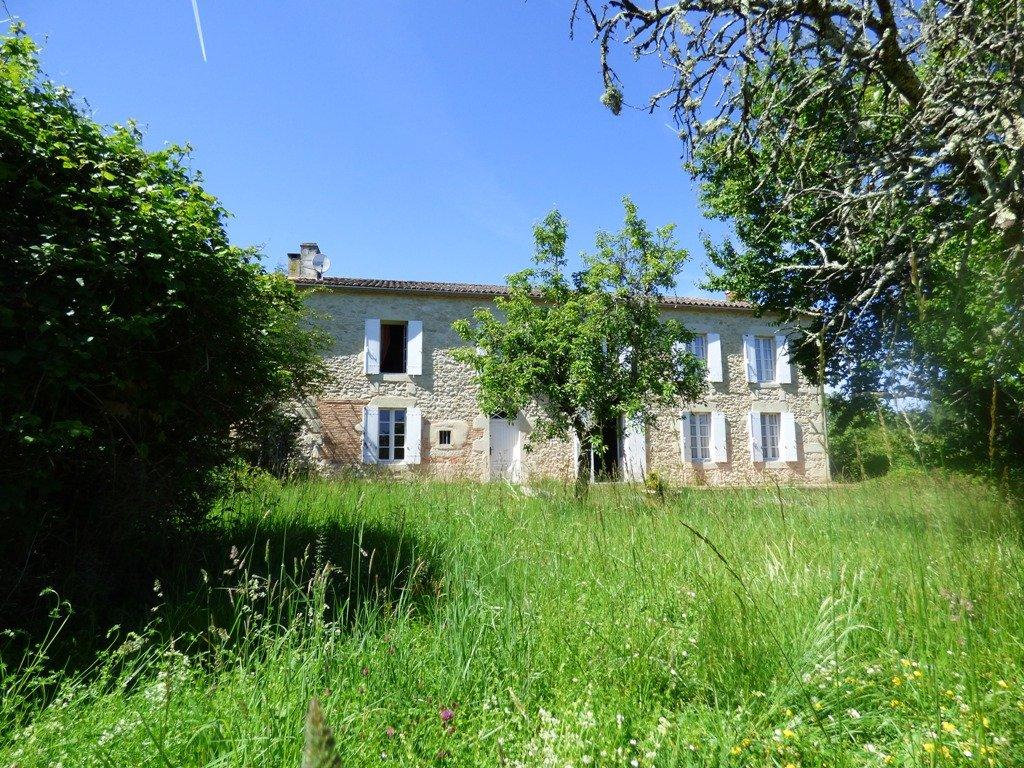 Near Monségur