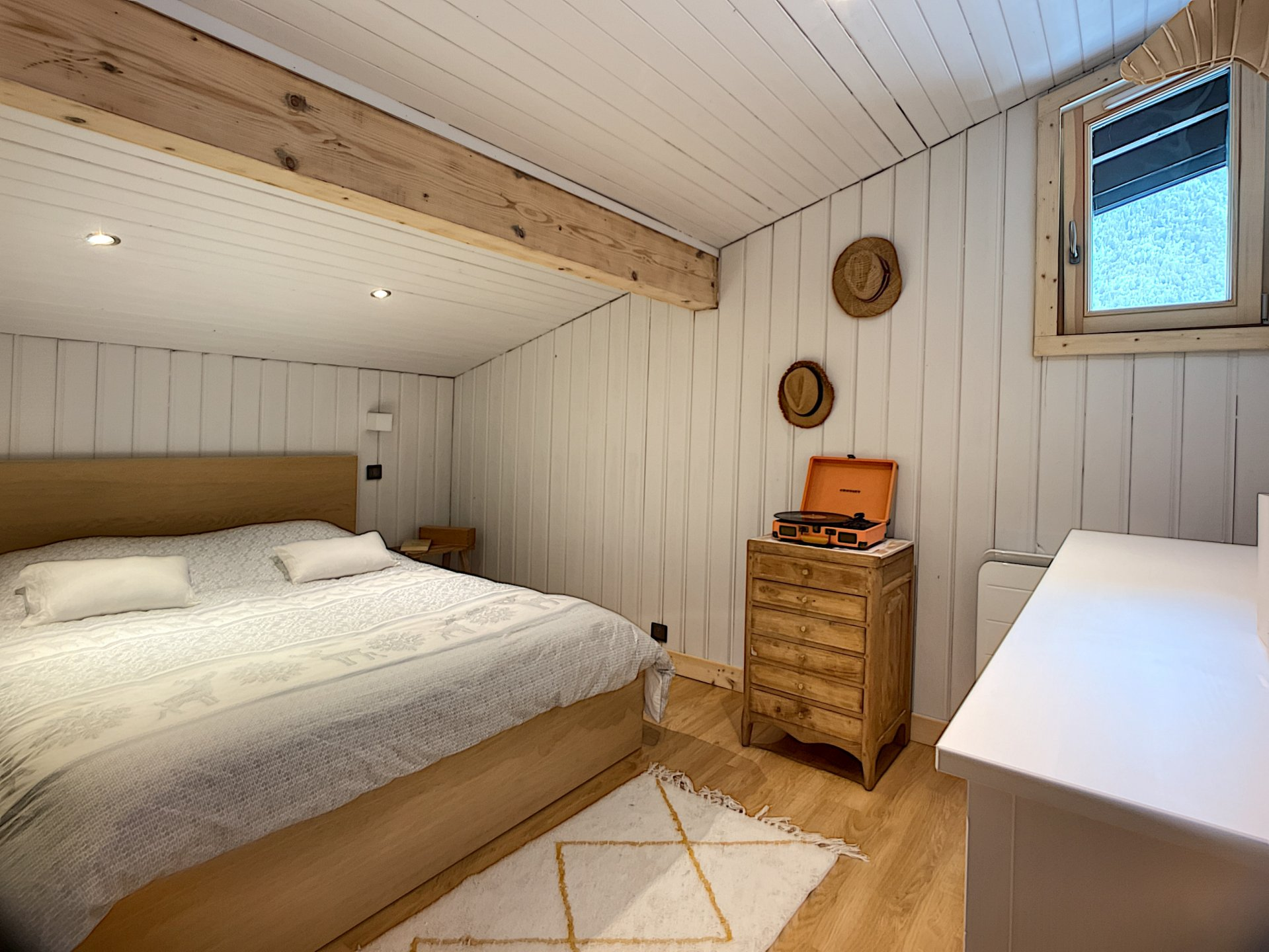2 bedroom apartment Chamonix Mont-Blanc garden