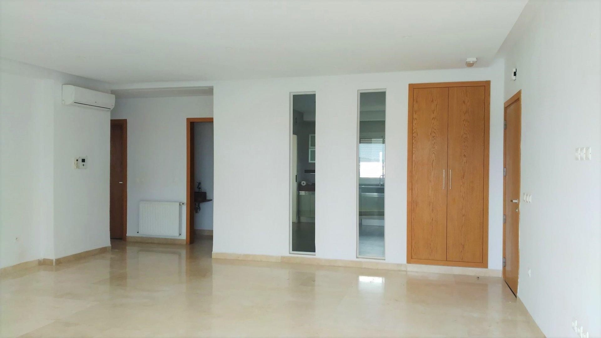 Location Appartement S+3 de 200 m² aux Jardins de Carthage