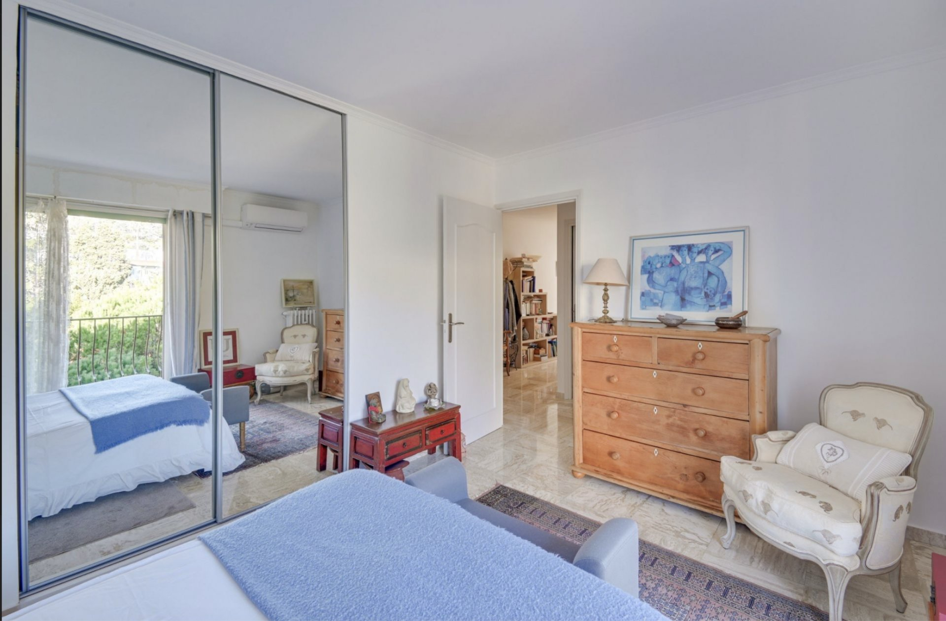 Very nice 3 rooms crossing with a panoramic sea view