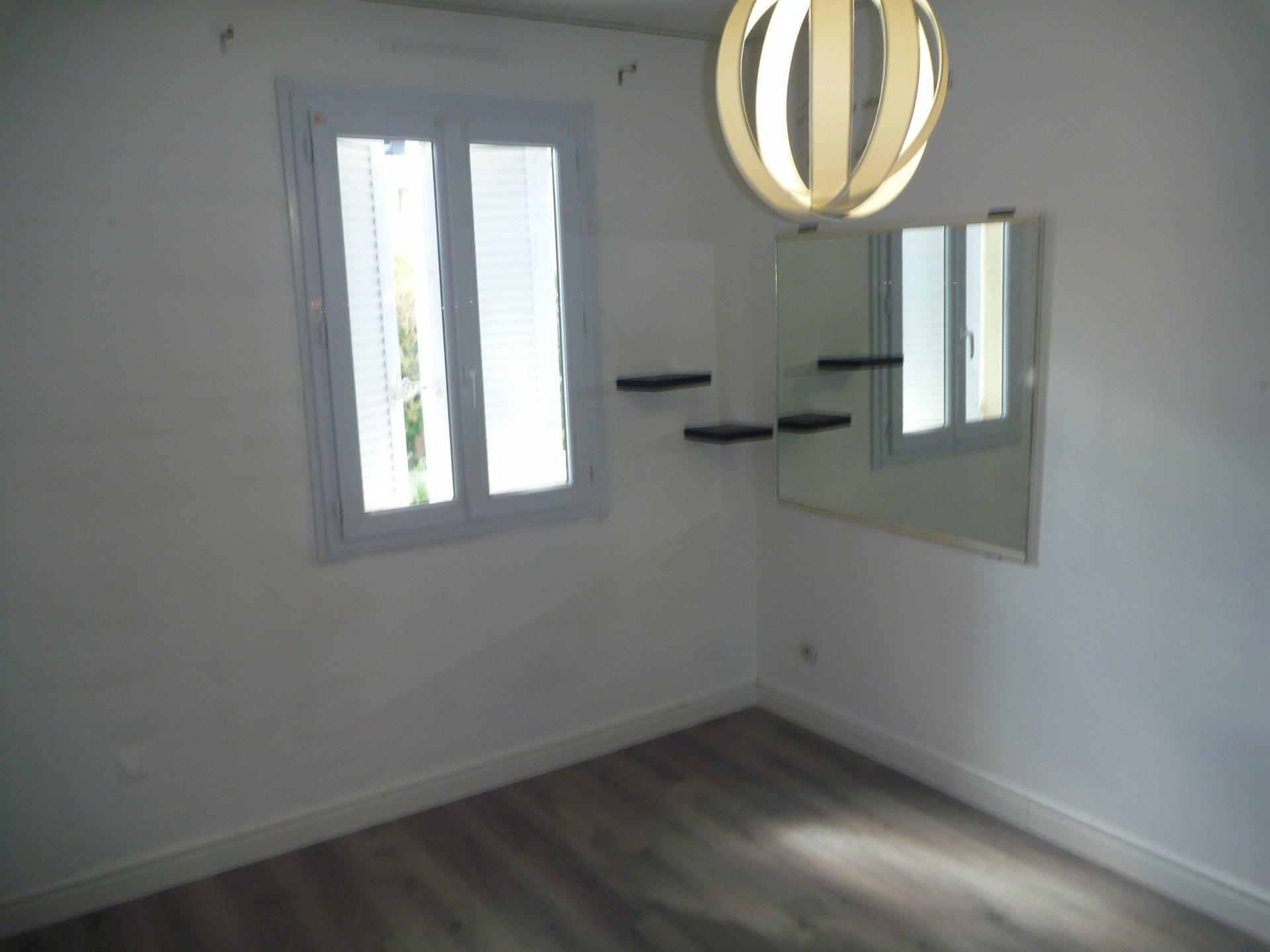 Rental Semi-detached house - Carros Le neuf