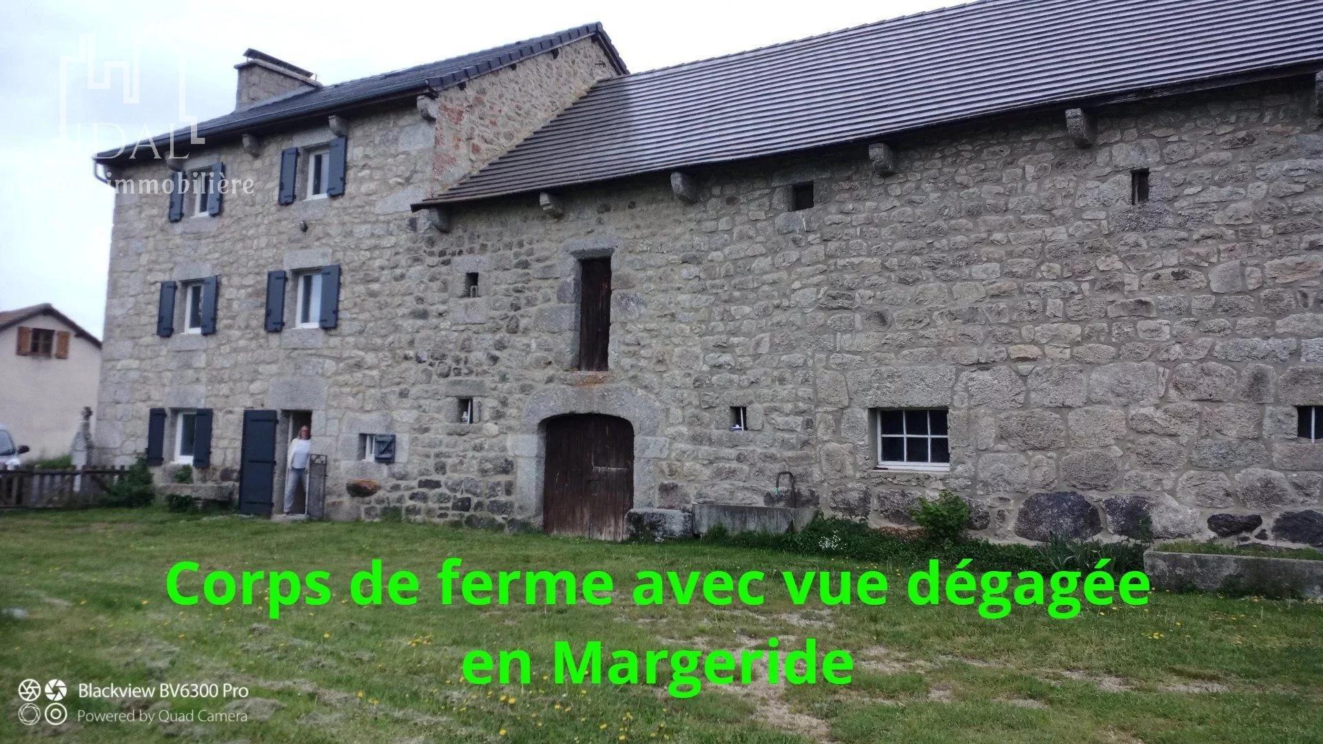 CORPS DE FERME EN MARGERIDE