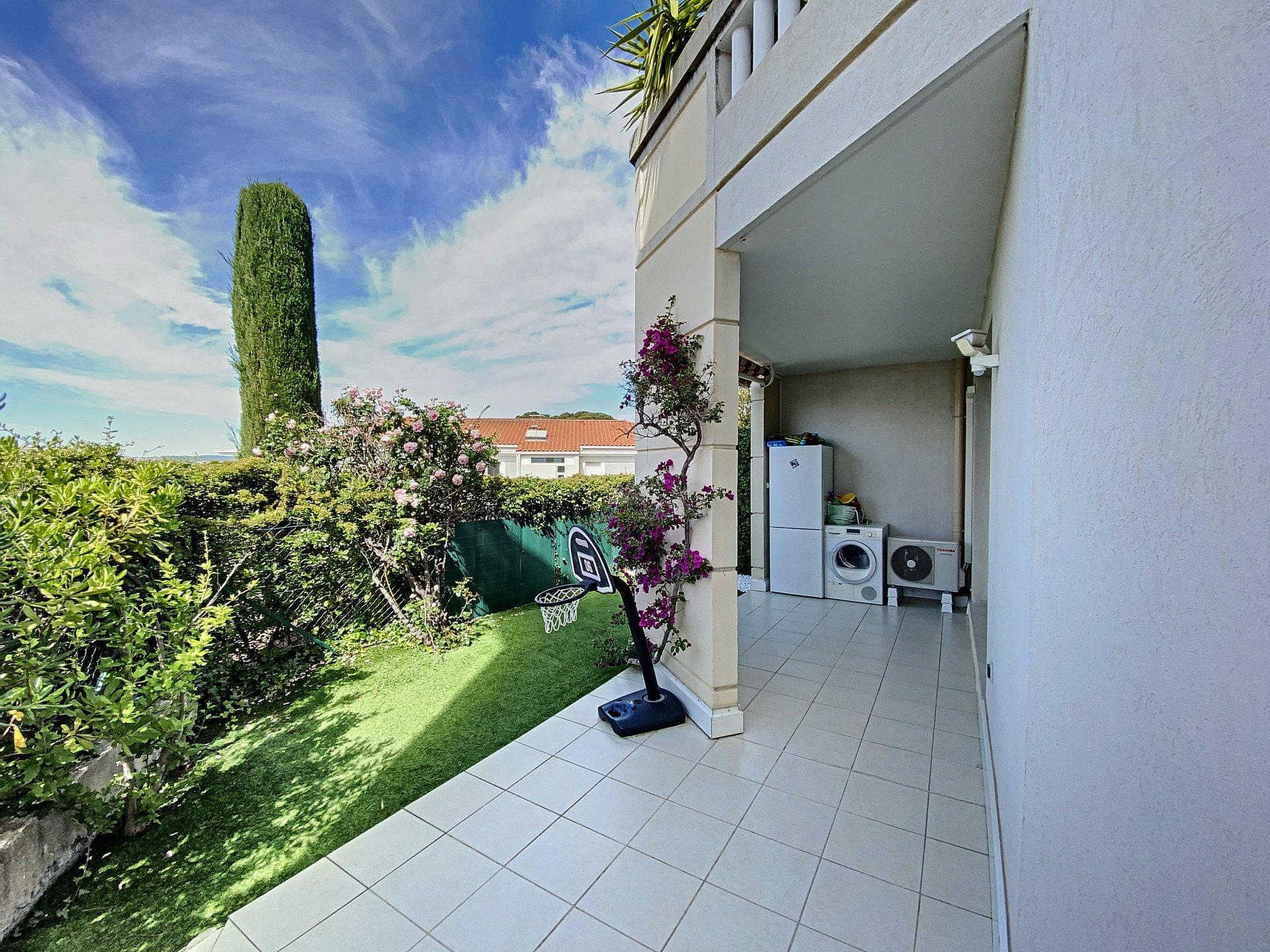 SAINT-LAURENT-DU-VAR (06700) - Vue Mer - Appartement 4P 82m² - TERRASSE - JARDIN - CAVE - GARAGE