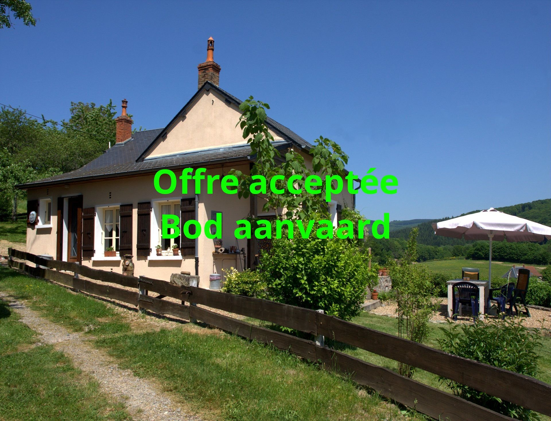 Dream house with fantastic views for sale in the Morvan