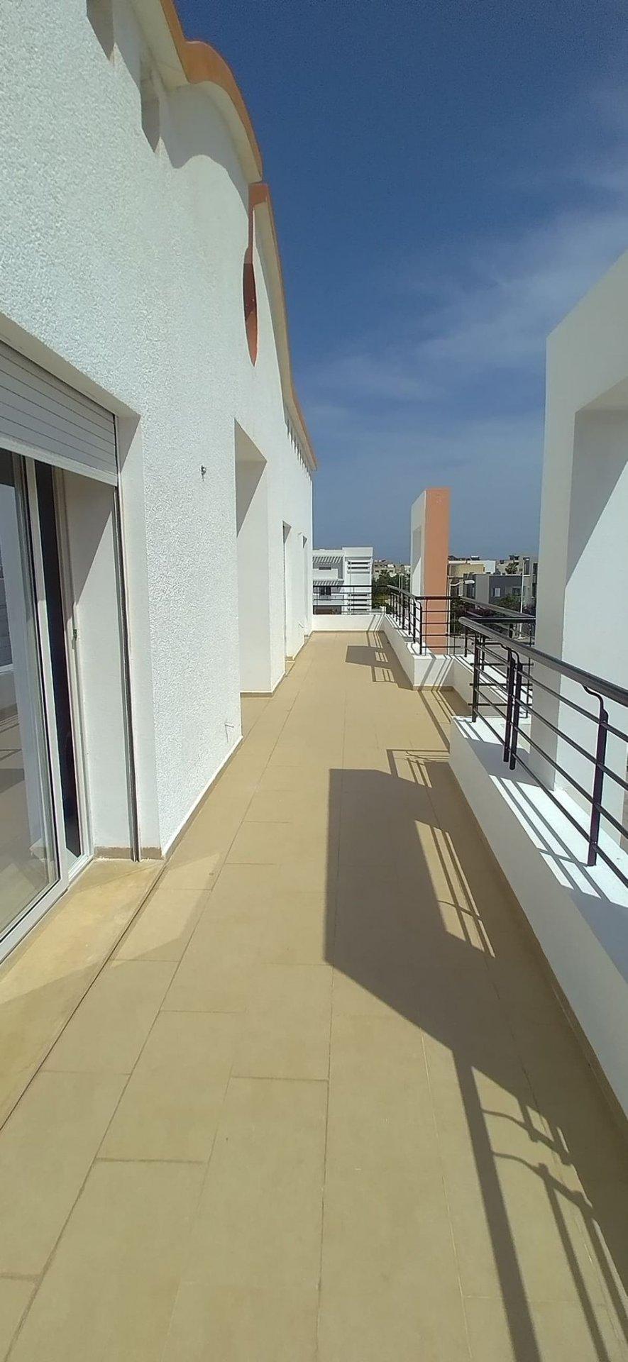 Location étage de Ville S+4 (non meublé) Jardins de Carthage