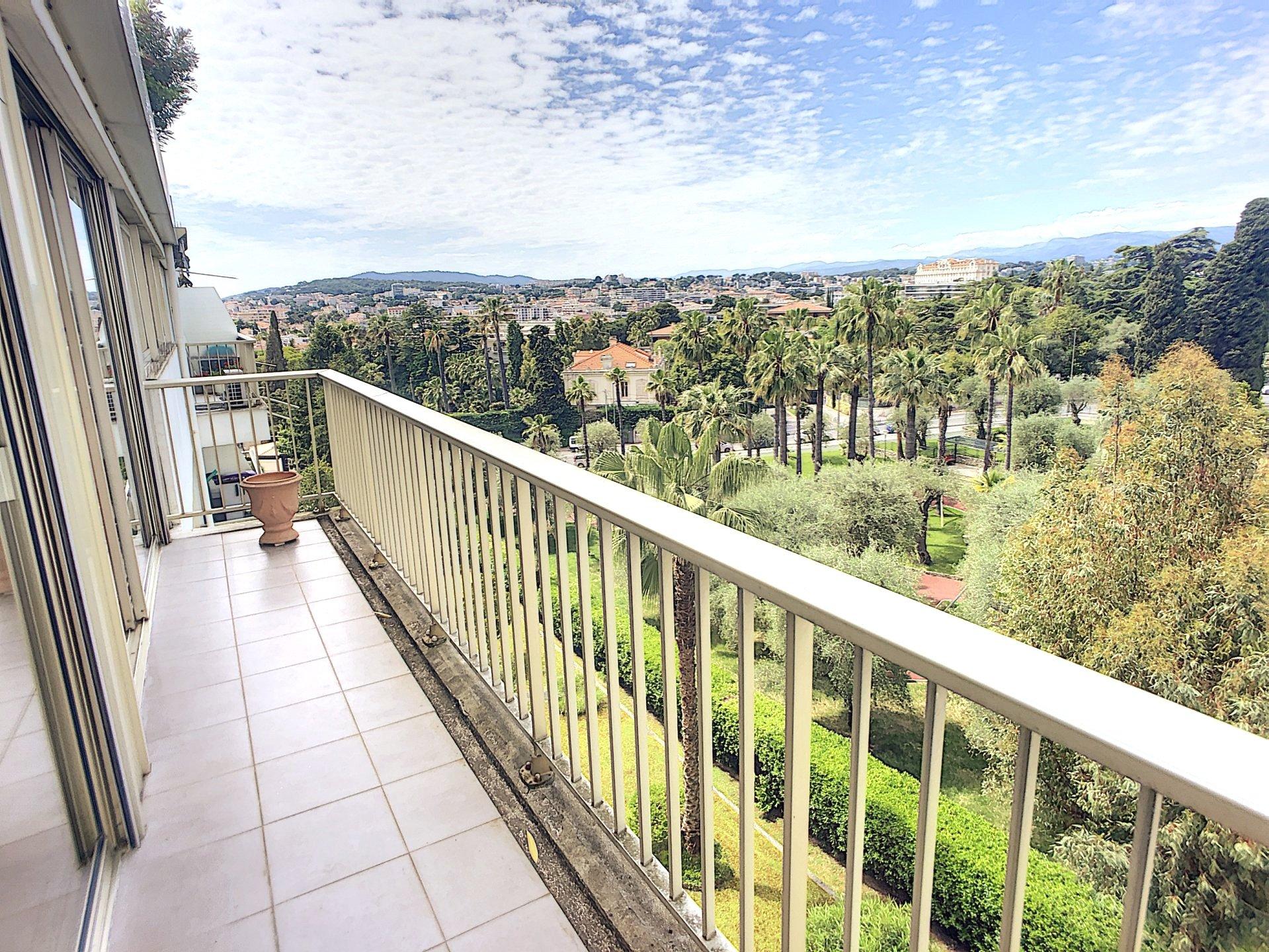 Cannes Montfleury 3p de 108 m2 avec vue mer