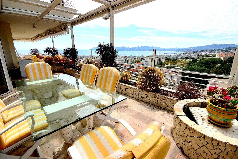 Fantastisk lägenhet till salu i Cannes Basse Californie 132m2