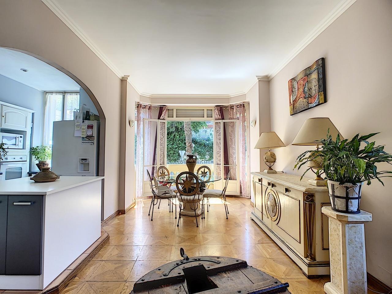 Appartement  3 Locali 73.82m2  In vendita   283750 €