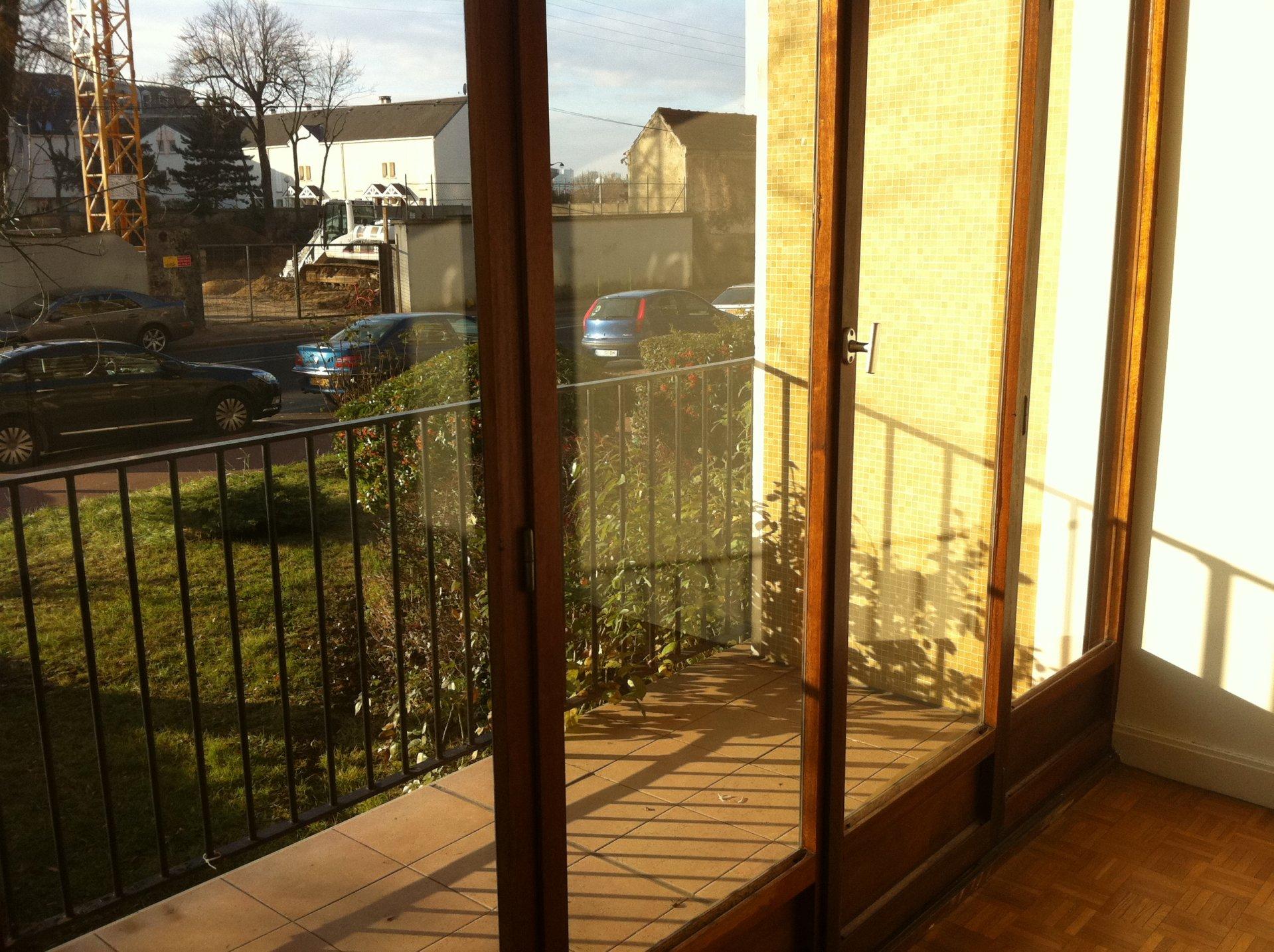 Studio F1 Quartier Seine, proche GARE RER C