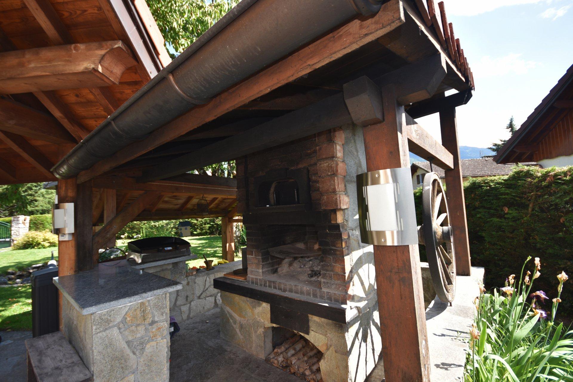 Maison 4 chambres / Garage / Terrain / Piscine