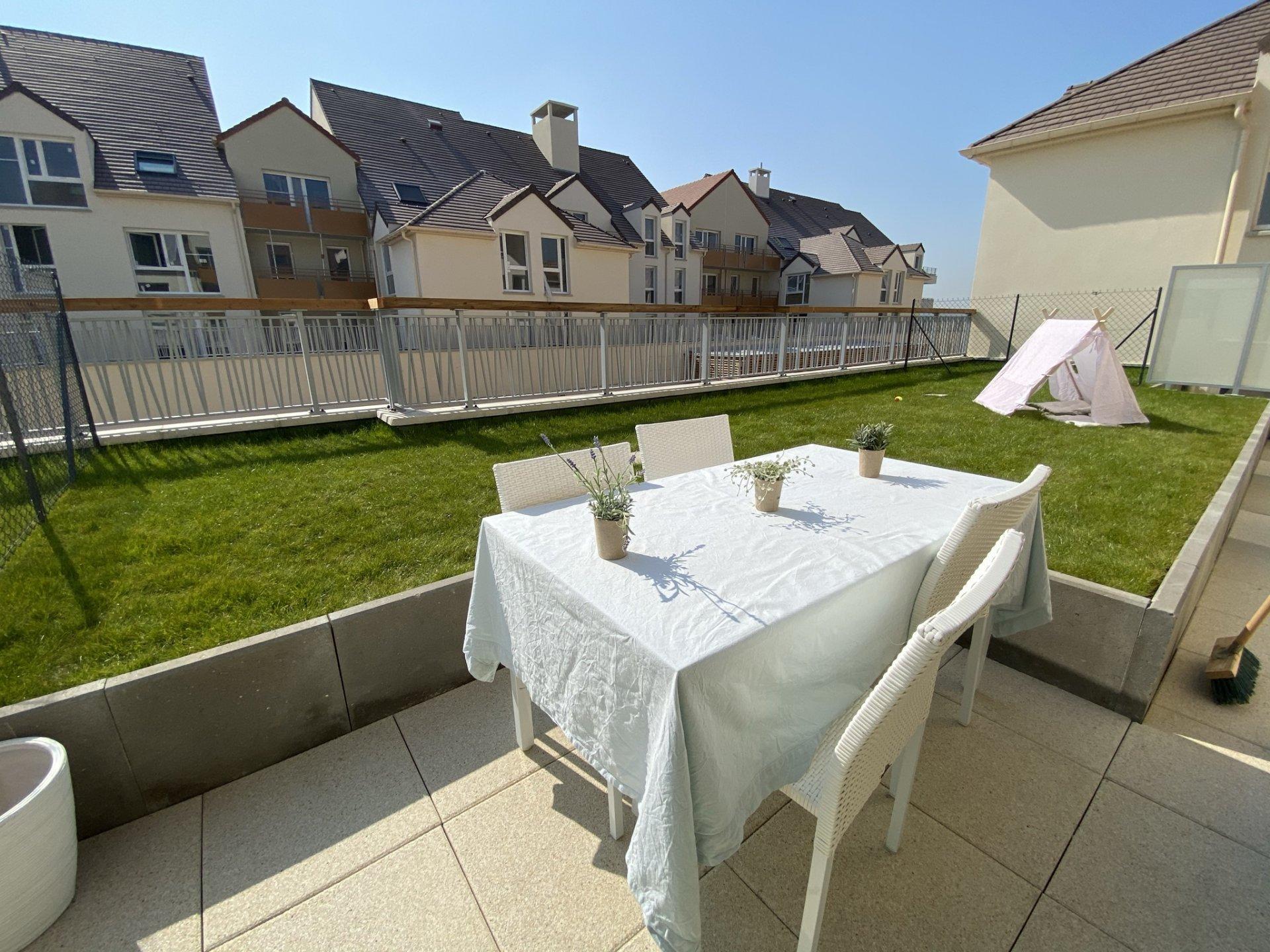 Appartement 3 pièces avec terrasse et jardin...