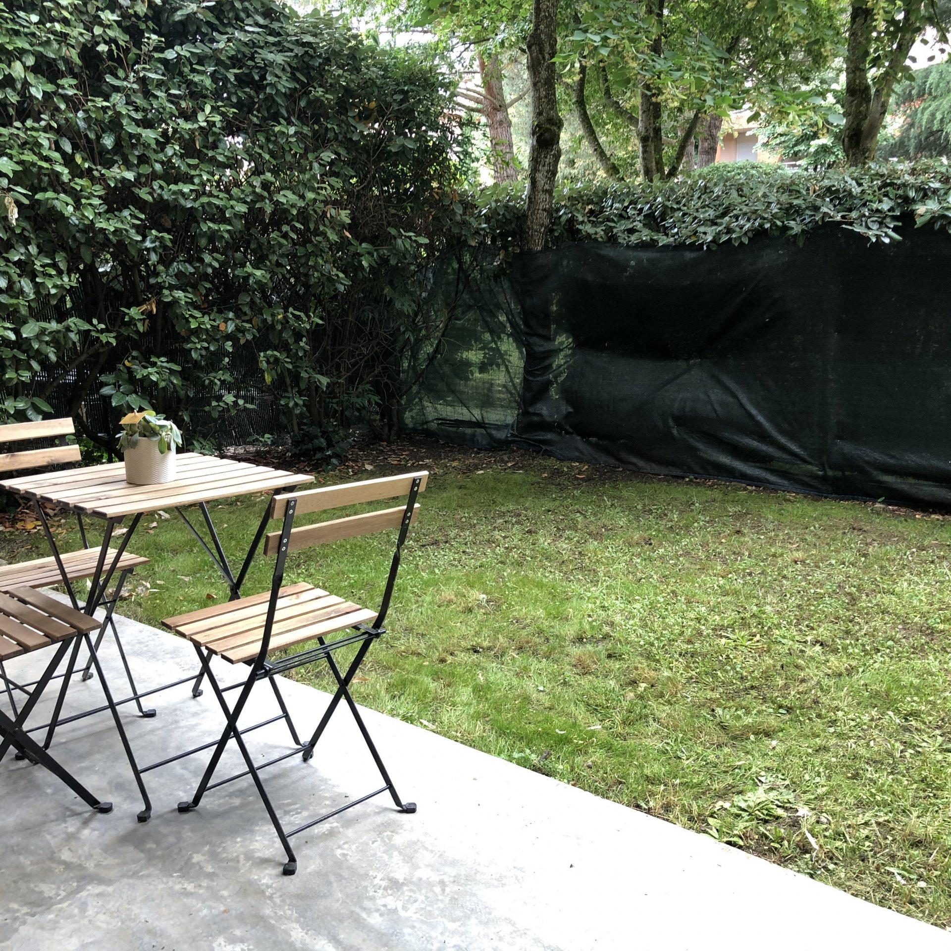 RARE !  joli T2 avec jardin